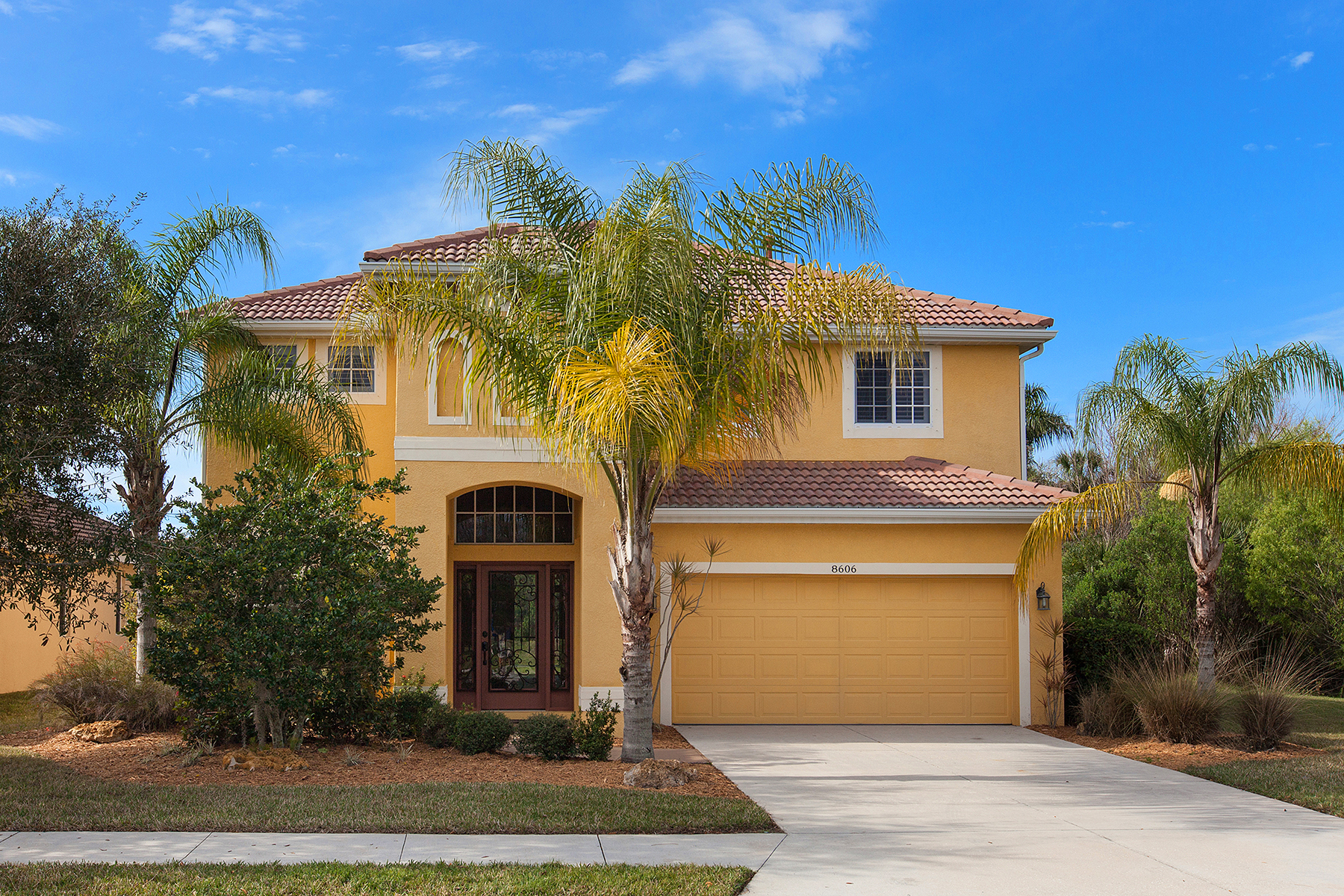 Single Family Home for Sale at STONEYBROOK AT HERITAGE HARBOUR 8606 Stone Harbour Loop Bradenton, Florida, 34212 United States