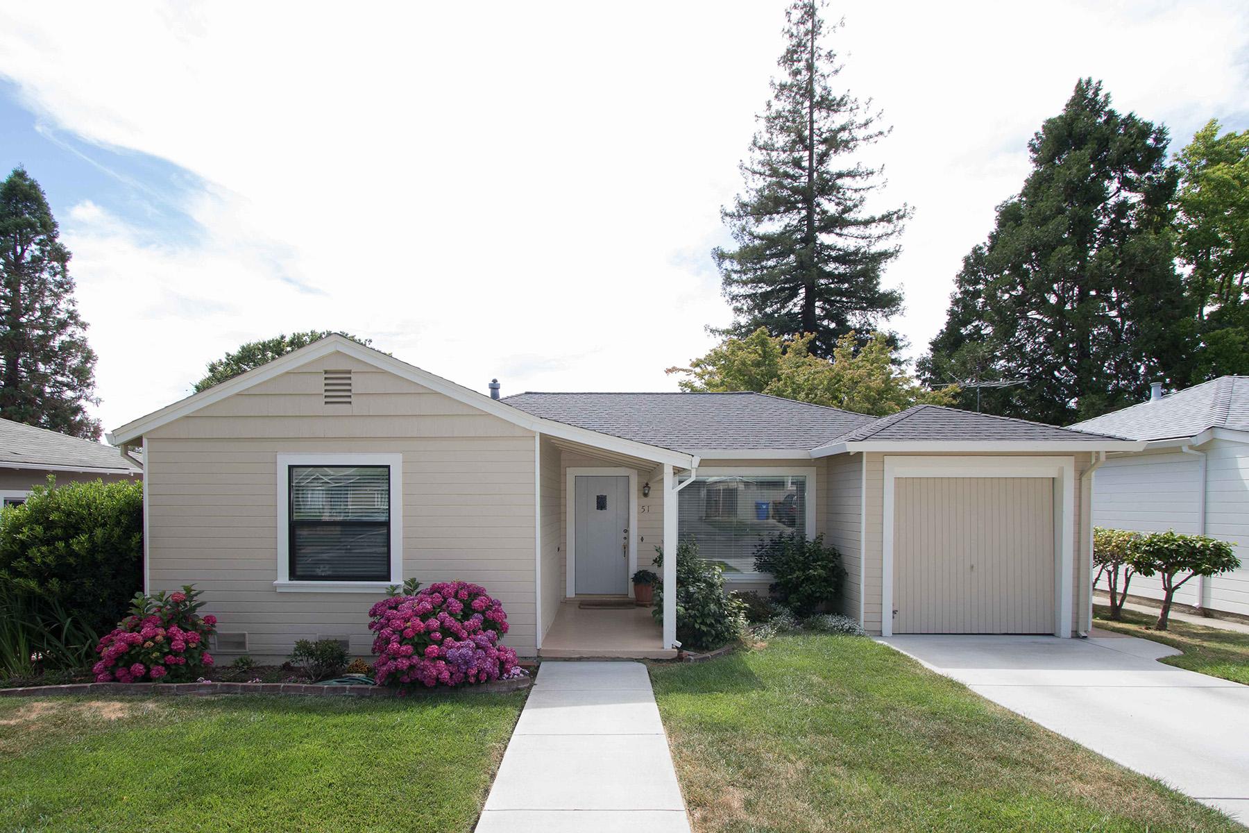 Nhà ở một gia đình vì Bán tại 51 Linnell Ave, Napa, CA 94559 51 Linnell Ave Napa, California, 94559 Hoa Kỳ