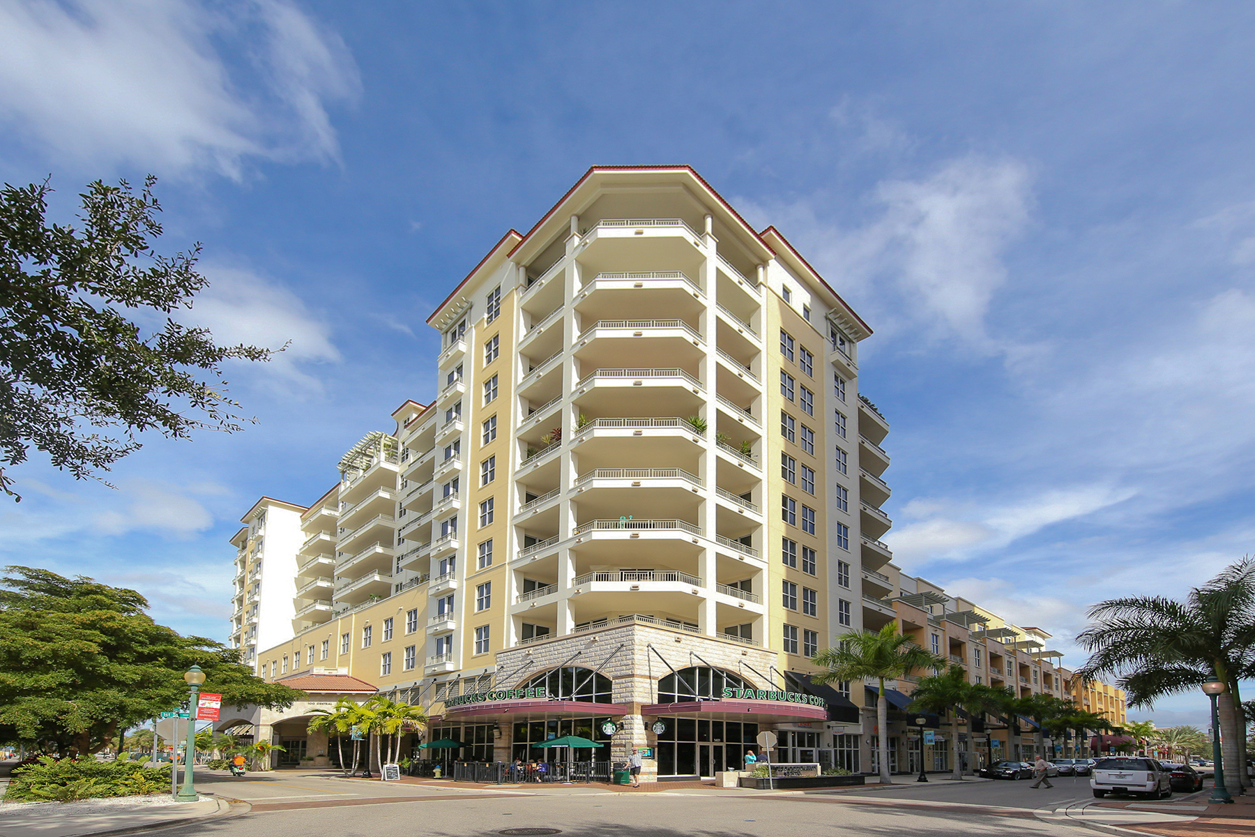 Condominio por un Venta en ONE HUNDRED CENTRAL 100 Central Ave C618 Sarasota, Florida 34236 Estados Unidos