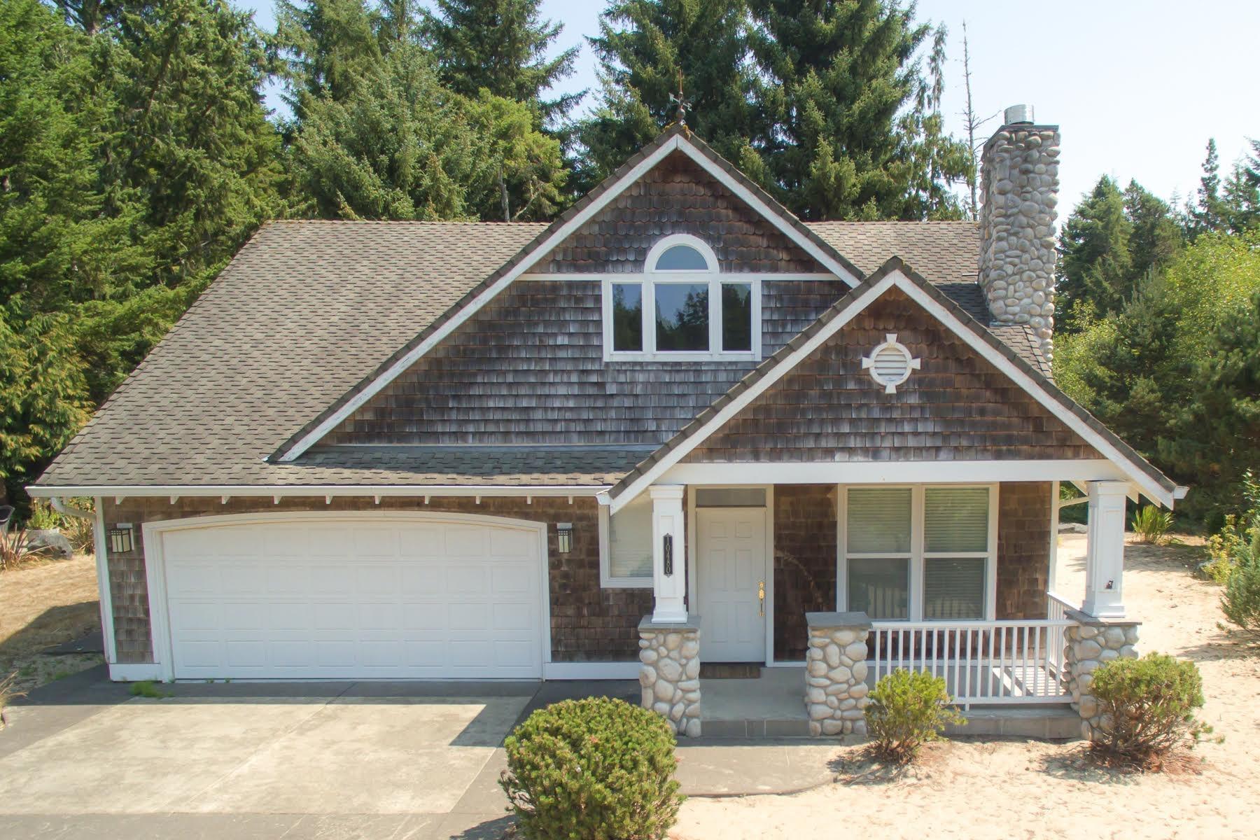Nhà ở một gia đình vì Bán tại 10480 PINE RIDGE, MANZANITA 10480 PINE RIDGE Dr Manzanita, Oregon, 97130 Hoa Kỳ