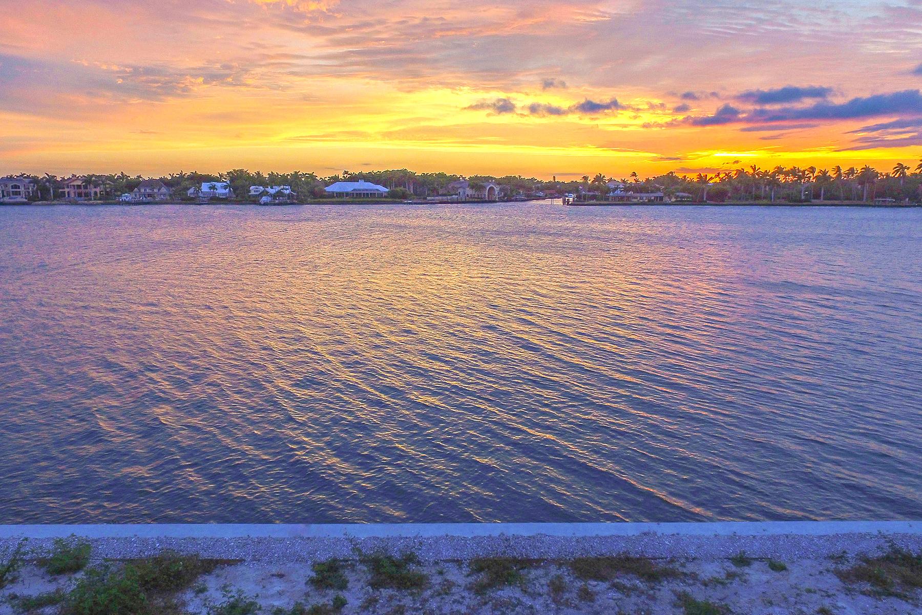 Terreno por un Venta en ROYAL HARBOR 2280 Kingfish Rd Naples, Florida, 34102 Estados Unidos