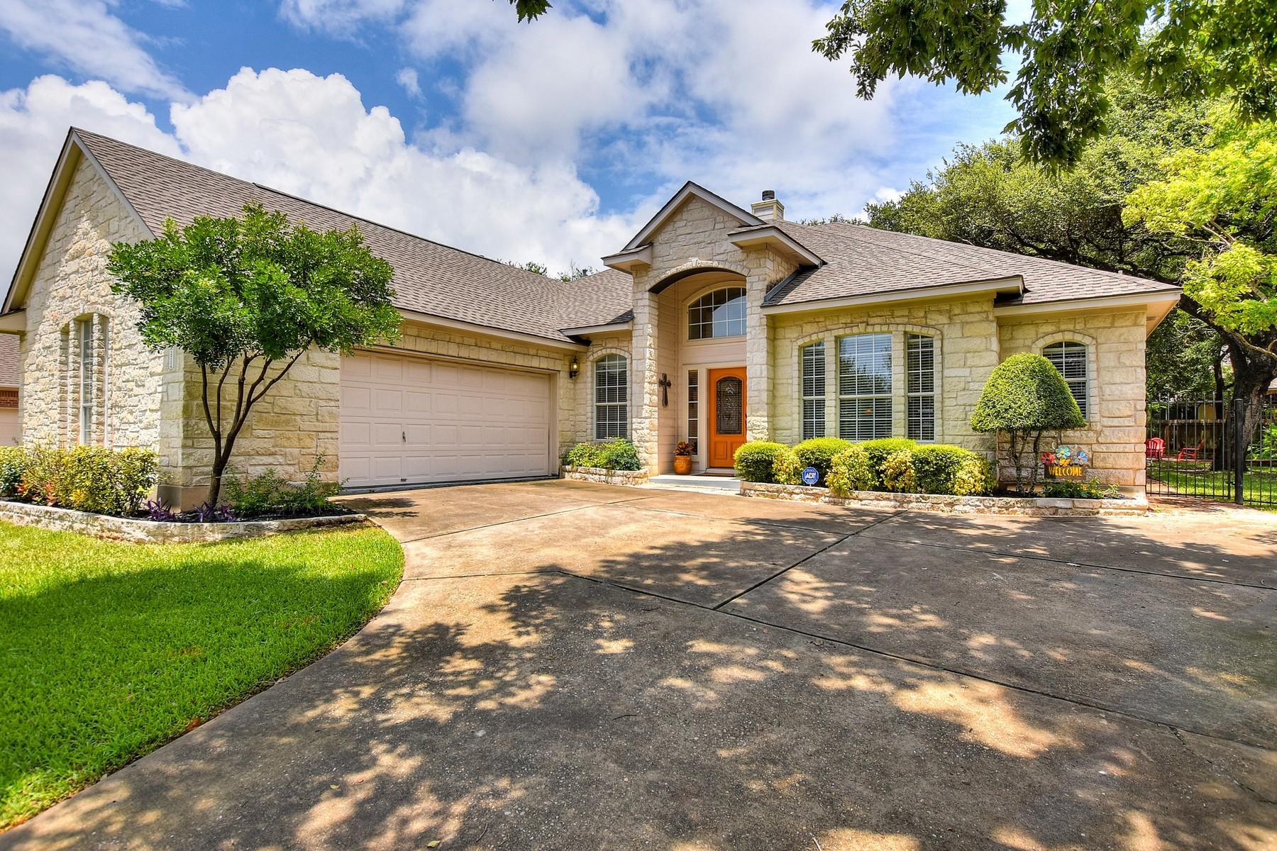 Casa Unifamiliar por un Venta en This Home has it All! 2716 Arroyo Blanco Cv Austin, Texas 78748 Estados Unidos