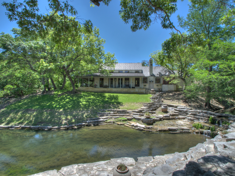 Granjas / Hacienda / Platanción por un Venta en Refined Hill Country Gentleman's Ranch 1144 Fall Creek Rd Kerrville, Texas 78028 Estados Unidos