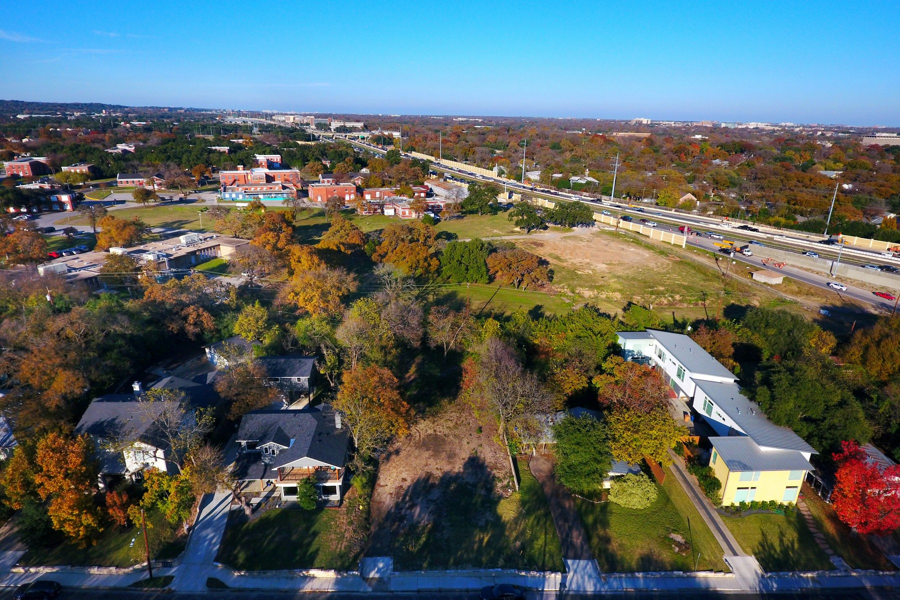 Land for Sale at Great Location in Desirable Tarrytown 2300 Westover Rd Austin, Texas 78703 United States