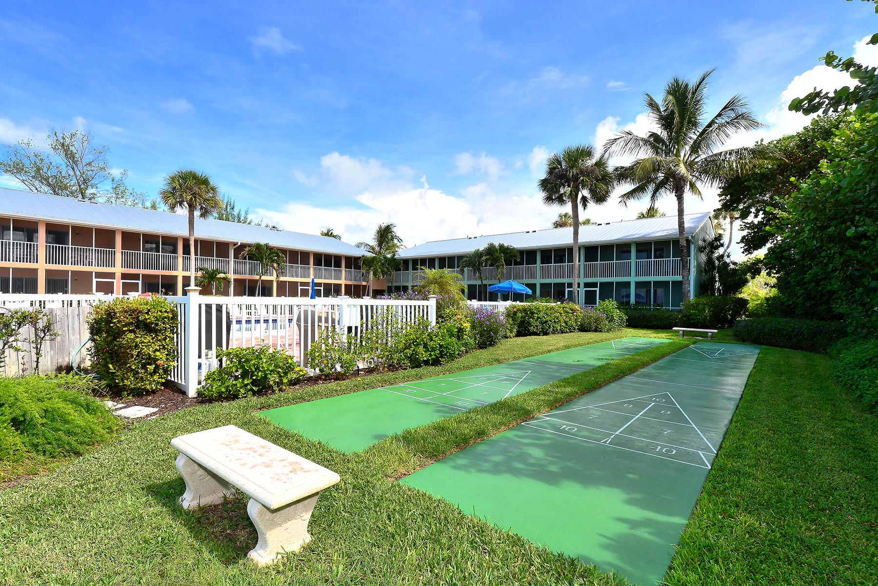 Condominium for Sale at LONGBOAT KEY 5841 Gulf Of Mexico Dr 242 Longboat Key, Florida, 34228 United States