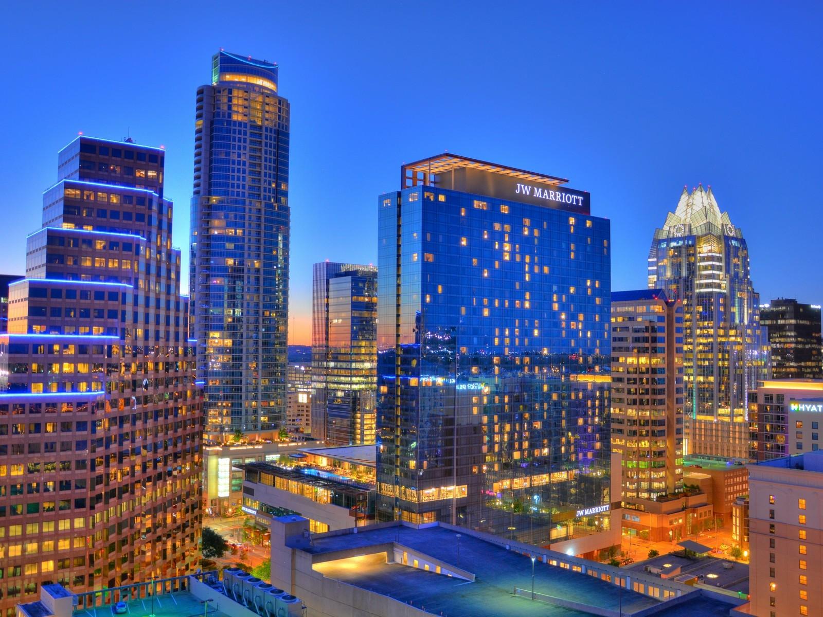 Condominium for Sale at Amazing Austonian Condo 200 Congress Ave 21A Austin, Texas 78701 United States