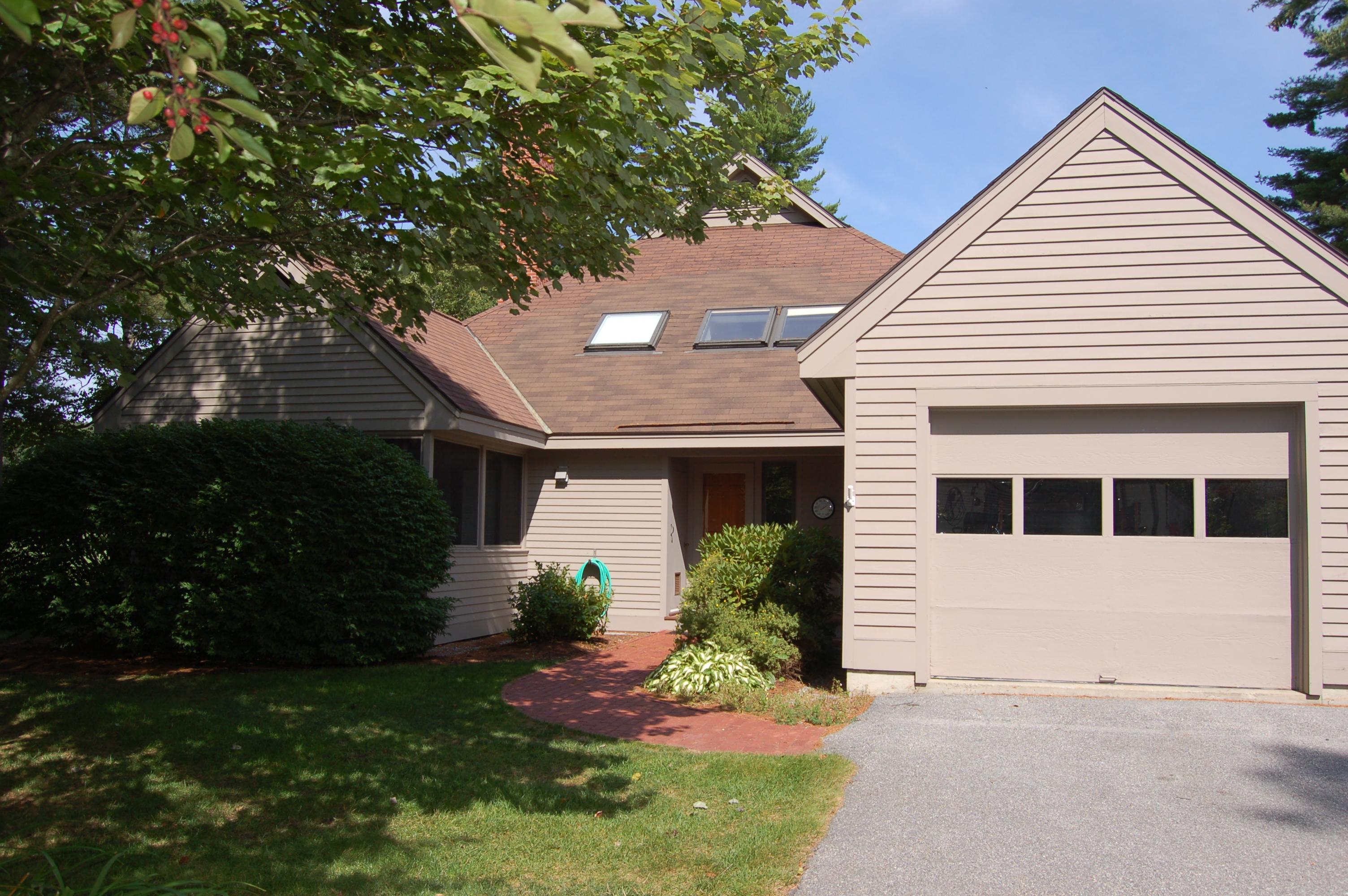 Condominio per Vendita alle ore The Seasons 31 Seasons Condominiums New London, New Hampshire 03257 Stati Uniti