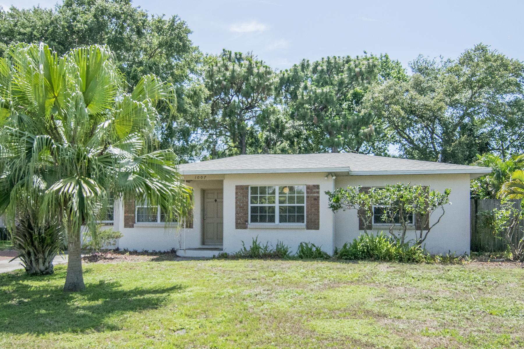 獨棟家庭住宅 為 出售 在 SOUTH TAMPA 1007 S Clark Ave Tampa, 佛羅里達州, 33629 美國