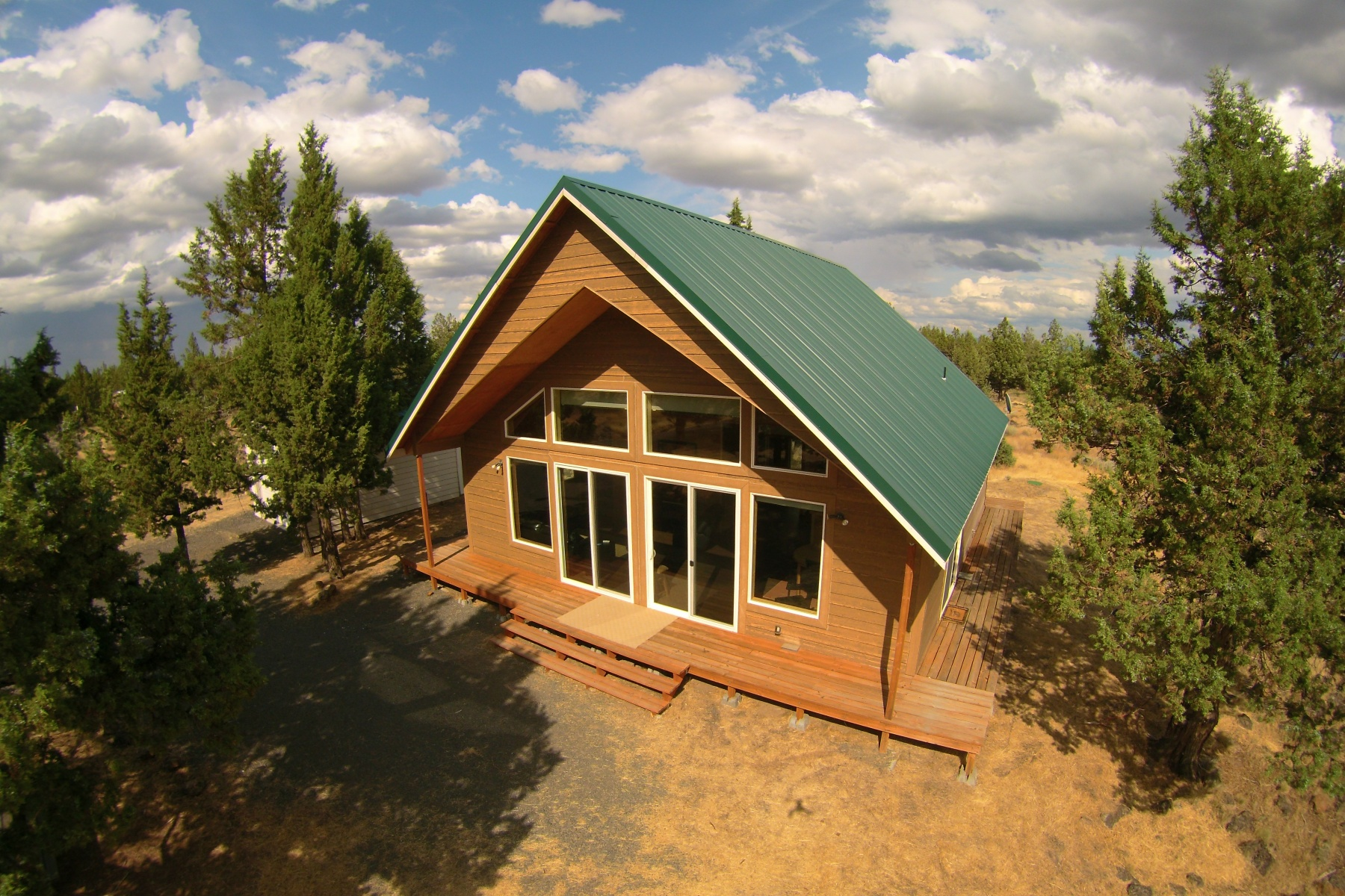 Maison unifamiliale pour l Vente à Cabin, Move-in Ready on Aristrip 13915 SW Airstrip Culver, Oregon 97734 États-Unis