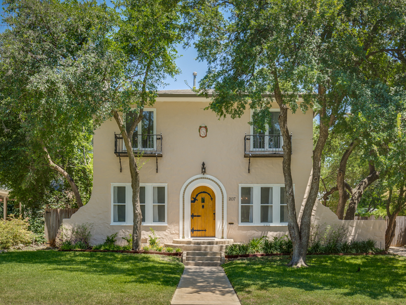 Single Family Home for Sale at Mediterranean Home in Monte Vista 207 W Mulberry Ave San Antonio, Texas 78212 United States
