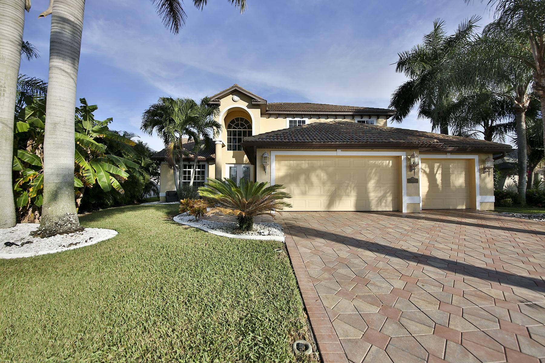 단독 가정 주택 용 매매 에 CAPE CORAL 4913 SW 20th Pl Cape Coral, 플로리다, 33914 미국