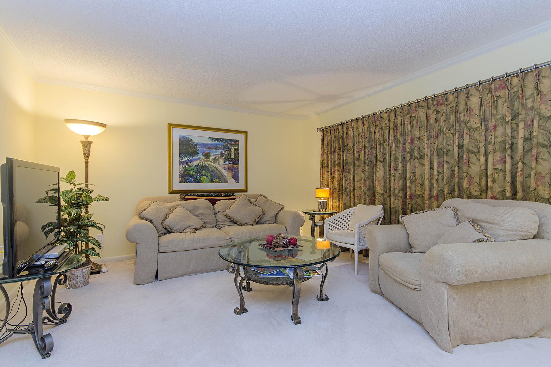 Nhà chung cư vì Bán tại MOORINGS - HARBOR COVE 3000 Gulf Shore Blvd N 112 Naples, Florida 34103 Hoa Kỳ