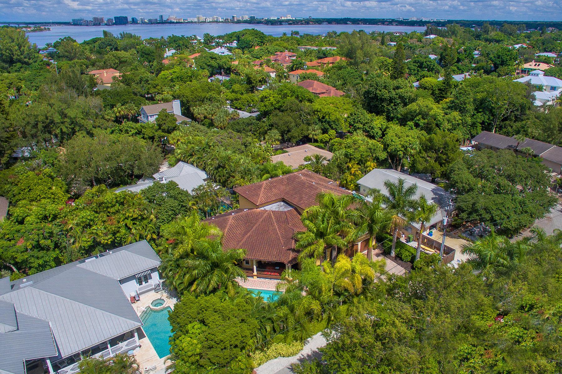 Vivienda unifamiliar por un Venta en SIESTA KEY 231 Garden Ln Sarasota, Florida, 34242 Estados Unidos