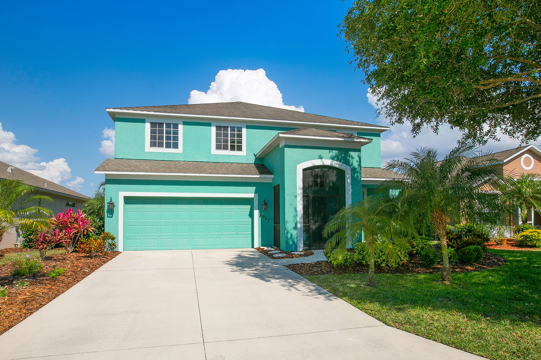 Single Family Home for Sale at FAIRWAYS AT IMPERIAL LAKEWOODS 8967 Founders Cir Palmetto, Florida, 34221 United States