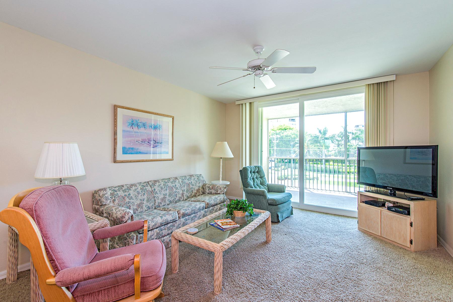 Кооперативная квартира для того Продажа на MARCO ISLAND - ESSEX 801 S Collier Blvd N-202 Marco Island, Флорида 34145 Соединенные Штаты