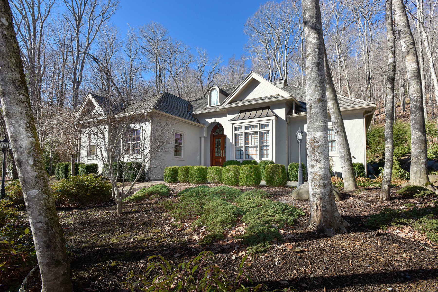 Single Family Home for Sale at LINVILLE - LINVILLE RIDGE 109 Rock Ledge Lane Linville, North Carolina, 28646 United States