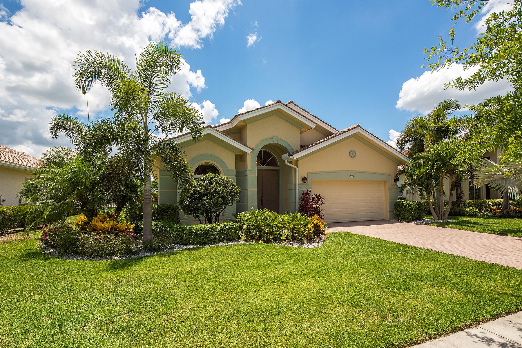 Tek Ailelik Ev için Satış at VALENCIA 1902 Par Dr Naples, Florida, 34120 Amerika Birleşik Devletleri