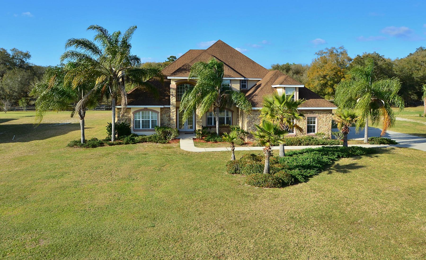 Maison unifamiliale pour l Vente à ORLANDO - DELAND 1421 Shady Meadow Ln Deland, Florida, 32724 États-Unis