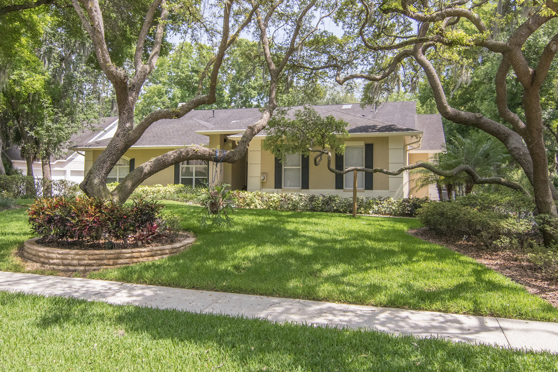 Maison unifamiliale pour l Vente à RIVERVIEW 8914 Eagle Watch Dr Riverview, Florida, 33578 États-Unis