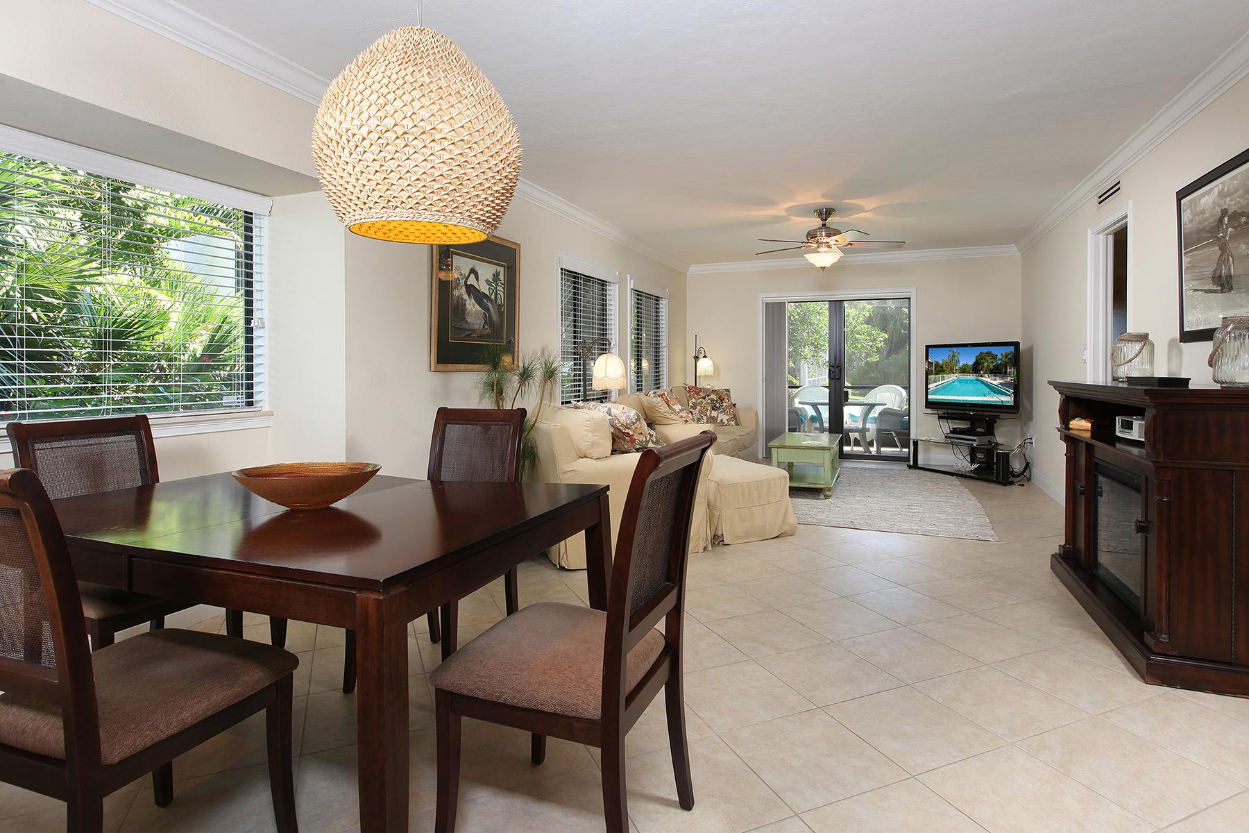 コンドミニアム のために 売買 アット PINE RIDGE - SUMMER PLACE 910 Vanderbilt Beach Rd 311W Naples, フロリダ 34108 アメリカ合衆国