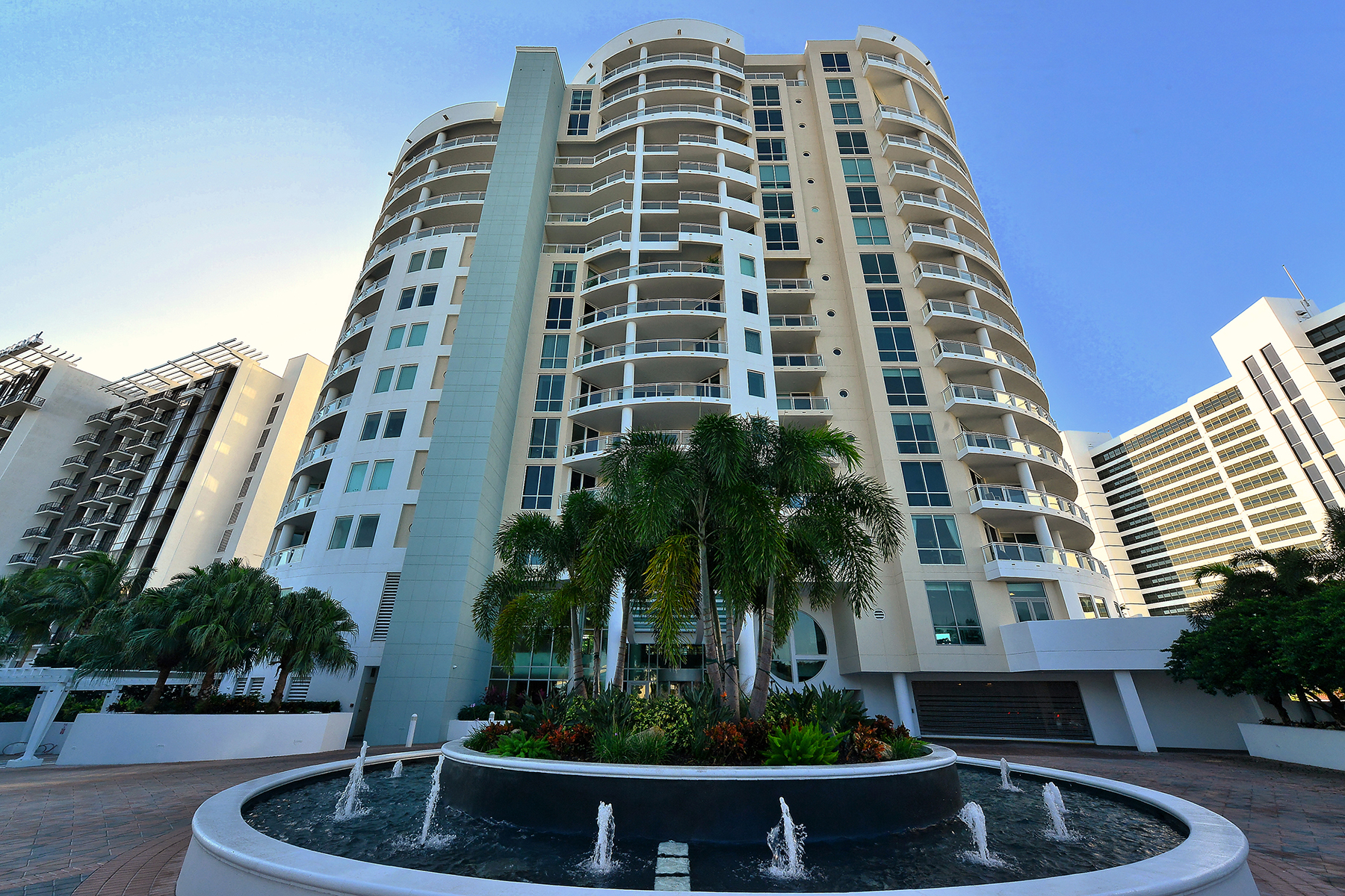 Condominium for Sale at BEAU CIEL 990 Blvd Of The Arts 802 Sarasota, Florida 34236 United States