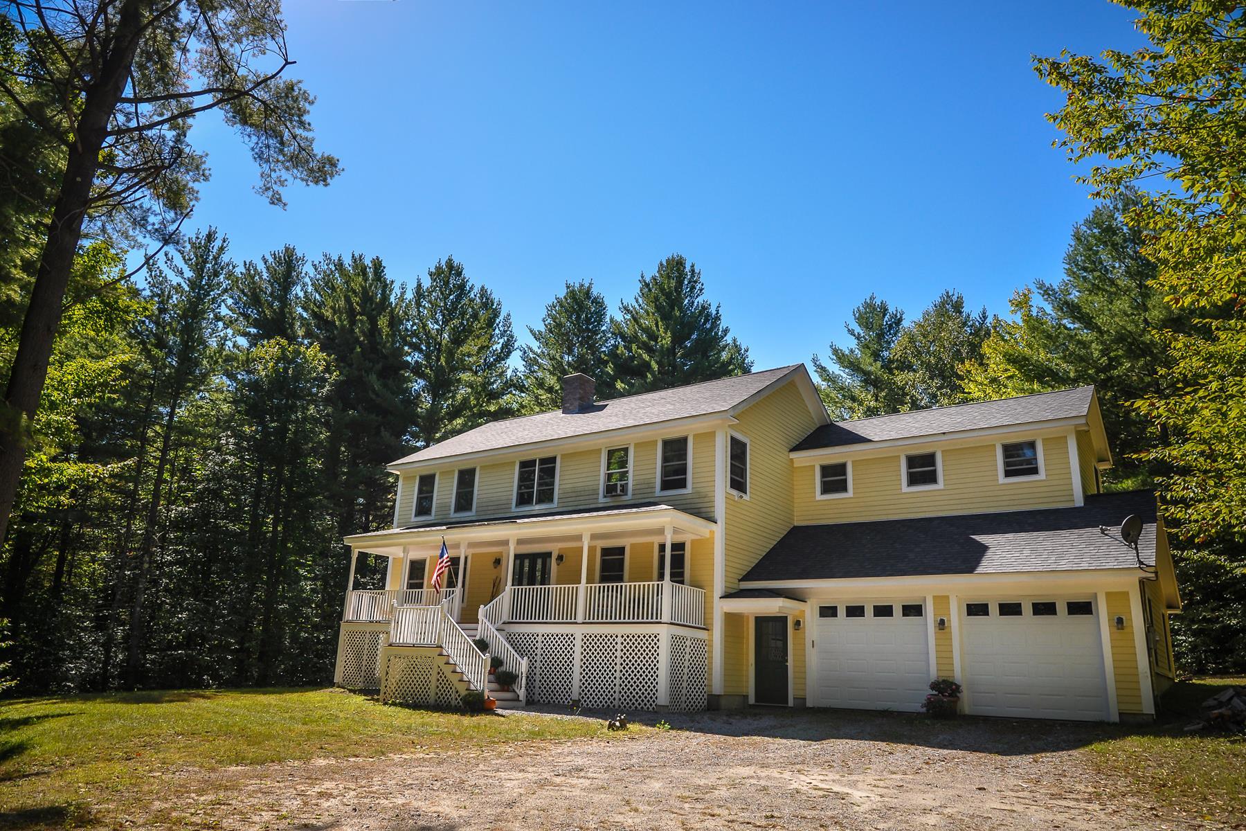 Nhà ở một gia đình vì Bán tại 494 West, Bradford Bradford, New Hampshire, 03221 Hoa Kỳ