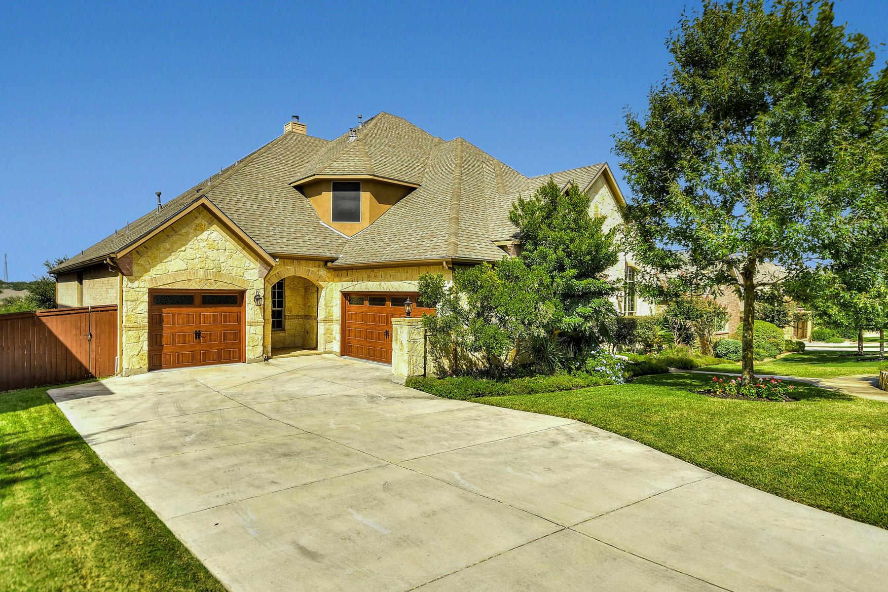 Additional photo for property listing at Breathtaking Home in Stonewall Estates 7431 Stonewall Hill San Antonio, Texas 78256 Estados Unidos