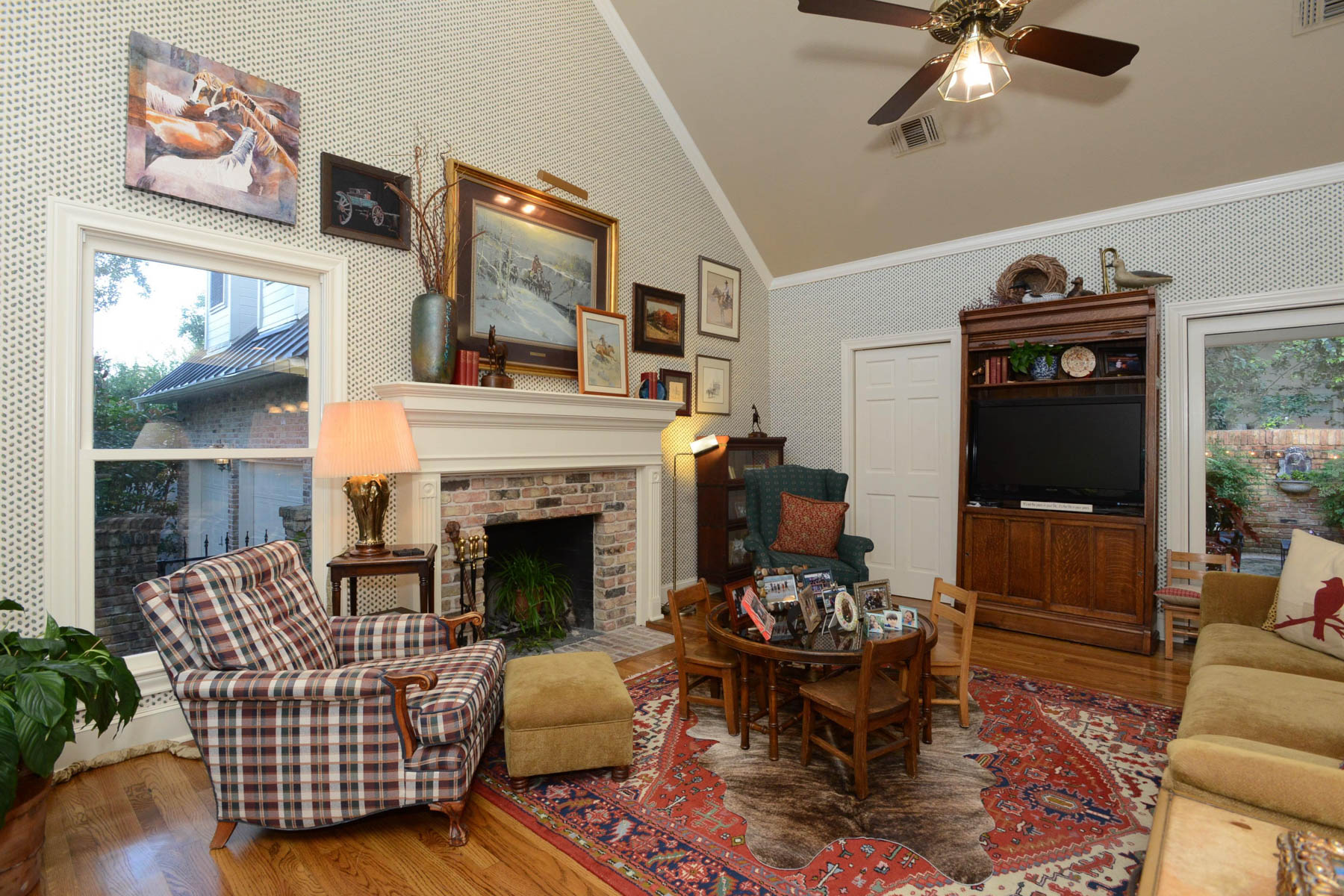 Additional photo for property listing at Elegant Living in the Midlands of Sonterra 1202 Loststone San Antonio, Texas 78258 United States