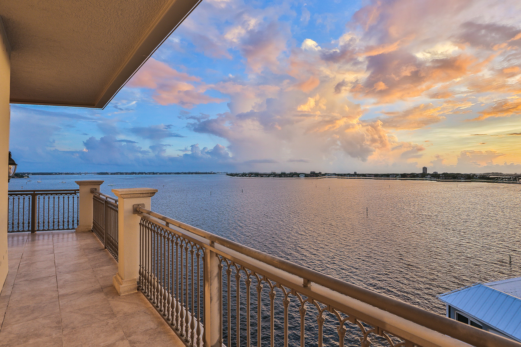 Condominium for Sale at GRANDE RIVIERA 420 Golden Gate Pt 800PH Sarasota, Florida 34236 United States