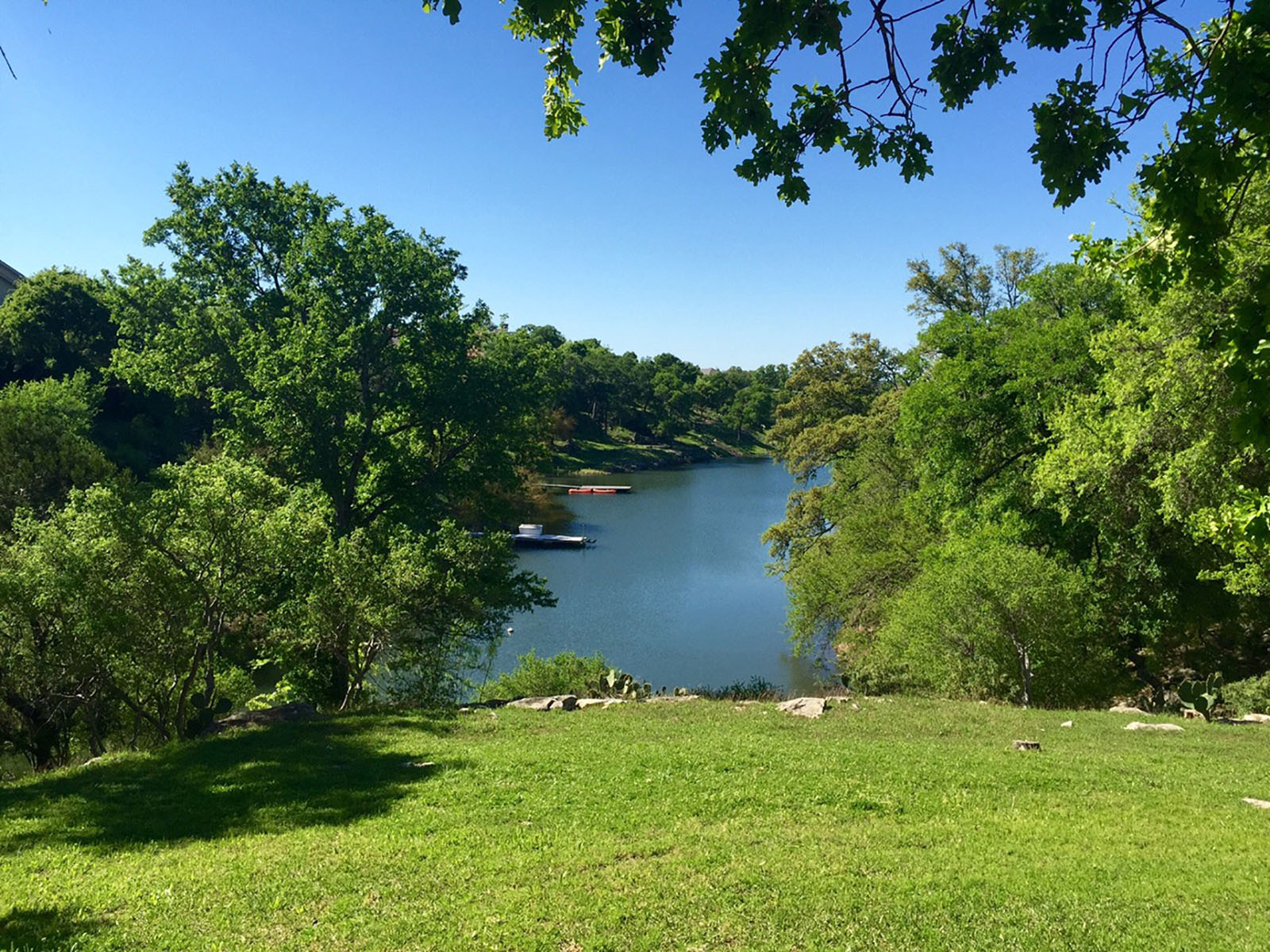 Additional photo for property listing at Serene Lakeside Luxury 2930 Travis Lakeside Dr Spicewood, Texas 78669 United States