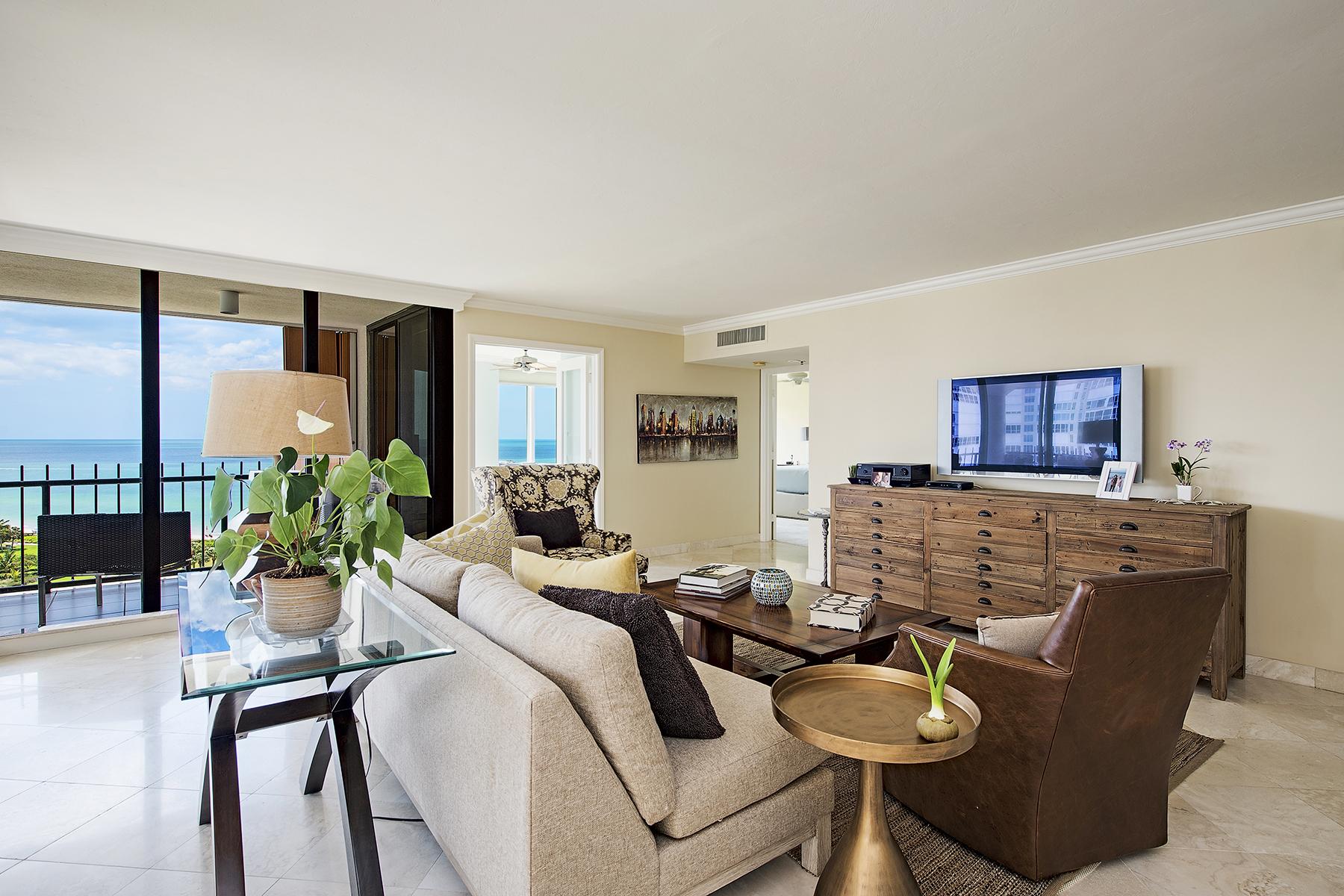 共管式独立产权公寓 为 销售 在 PARK SHORE - PARK SHORE TOWER 4251 Gulf Shore Blvd N 12C 那不勒斯, 佛罗里达州, 34103 美国
