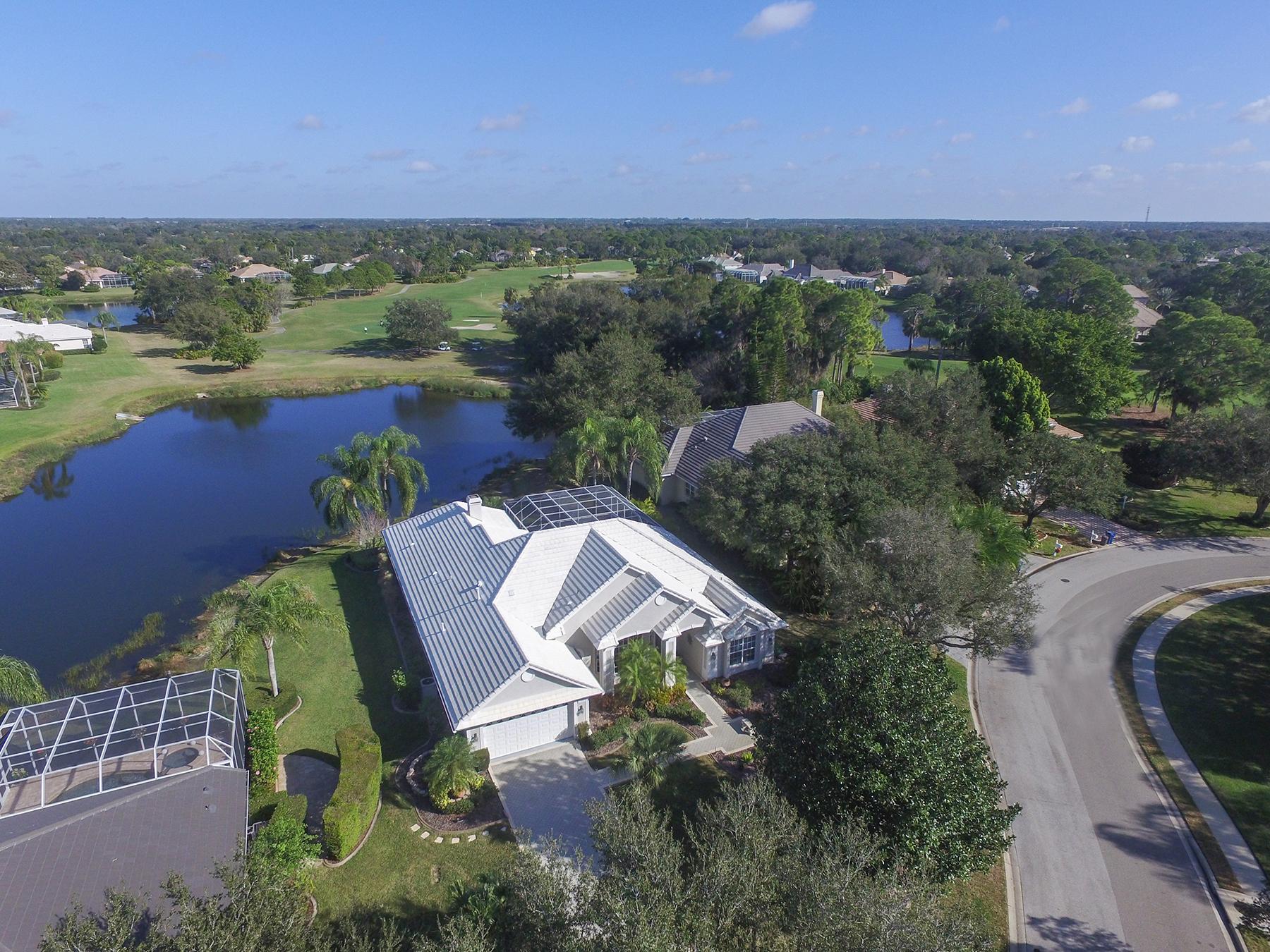 独户住宅 为 销售 在 UNIVERSITY PARK COUNTRY CLUB 7503 Eaton Ct University Park, 佛罗里达州, 34201 美国