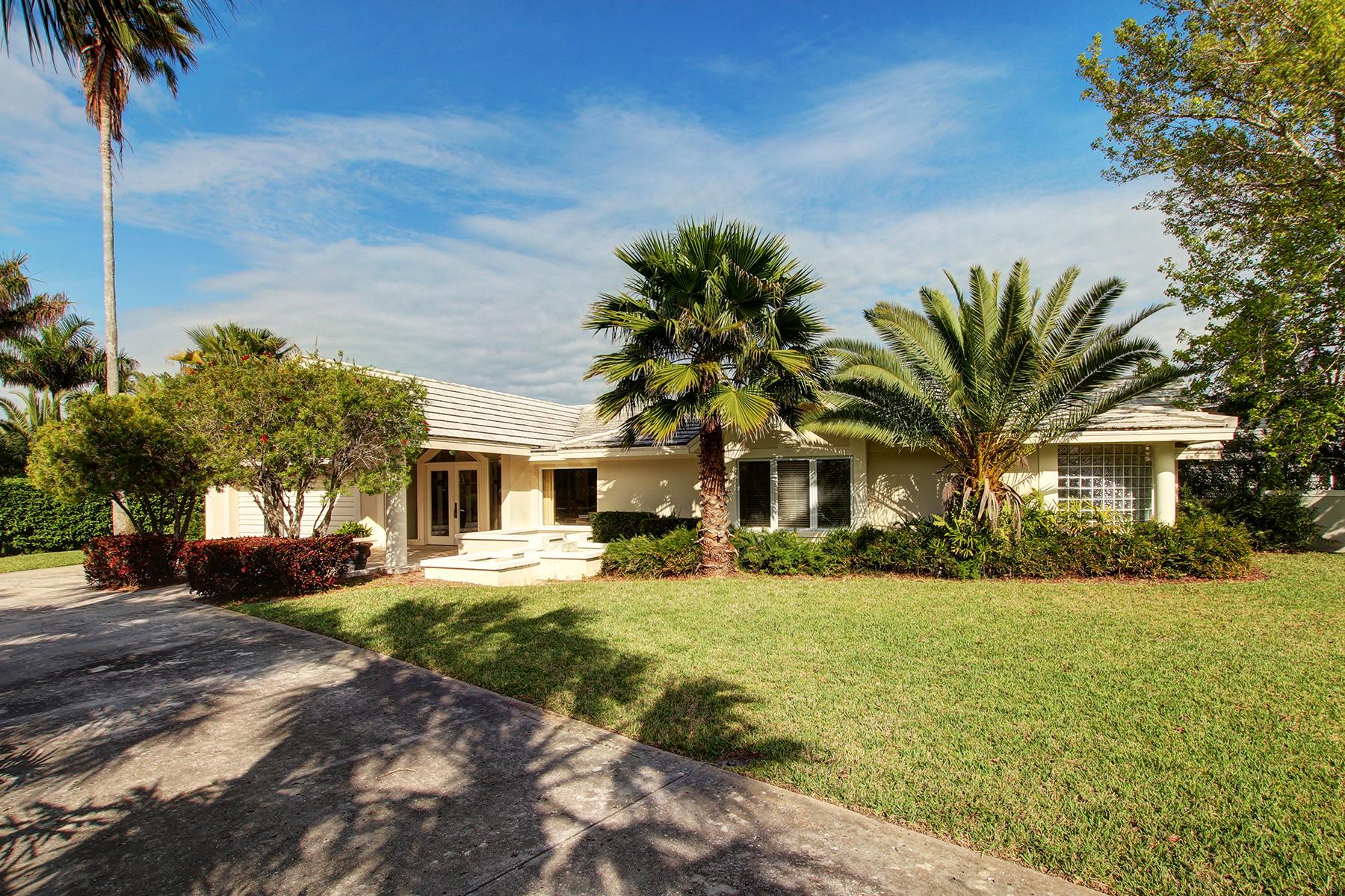 獨棟家庭住宅 為 出售 在 BELLEAIR BEACH 319 Belle Isle Ave Belleair Beach, 佛羅里達州 33786 美國
