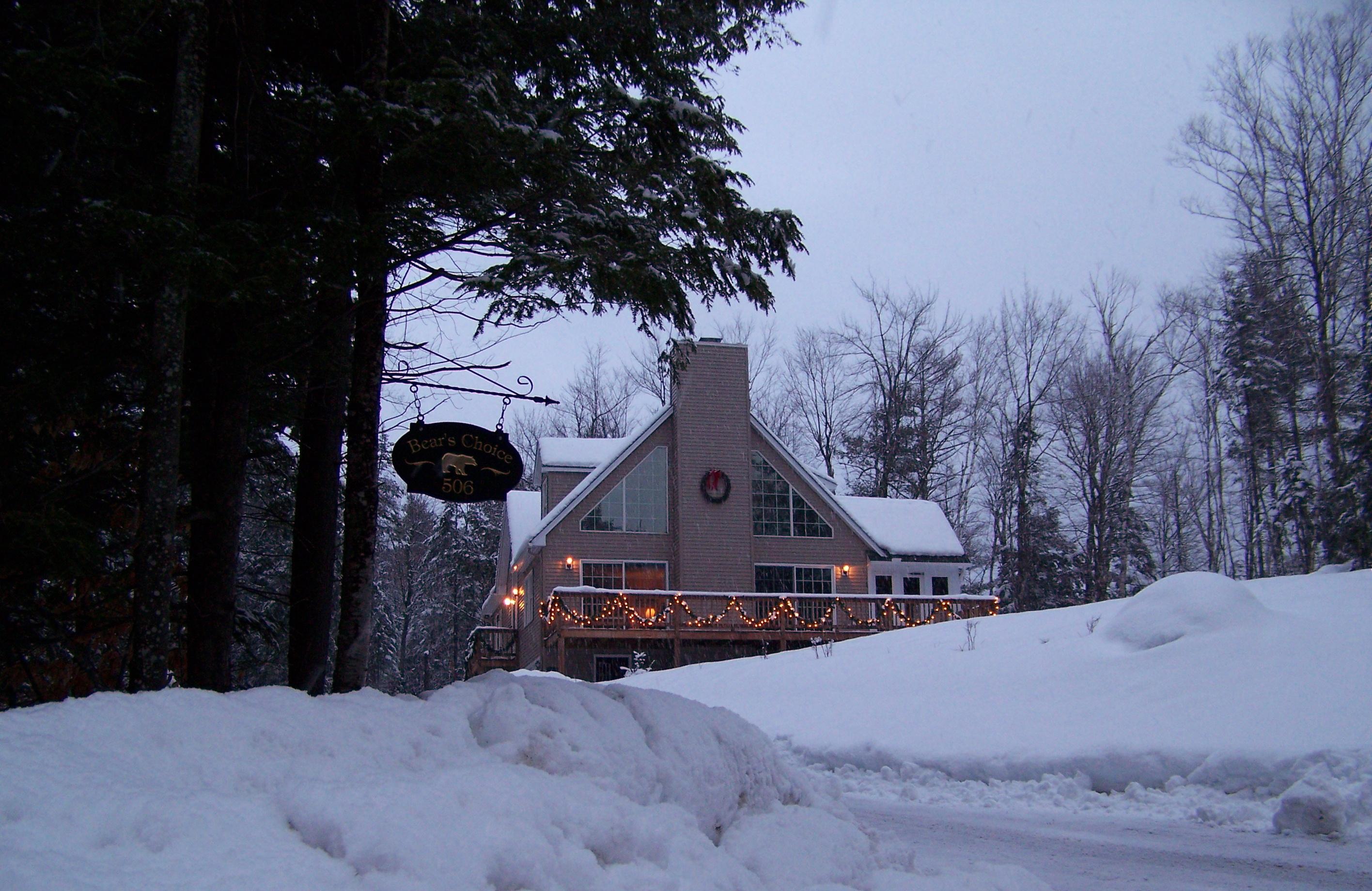 Villa per Vendita alle ore 506 Forest Acres Road, New London 506 Forest Acres Rd New London, New Hampshire 03257 Stati Uniti