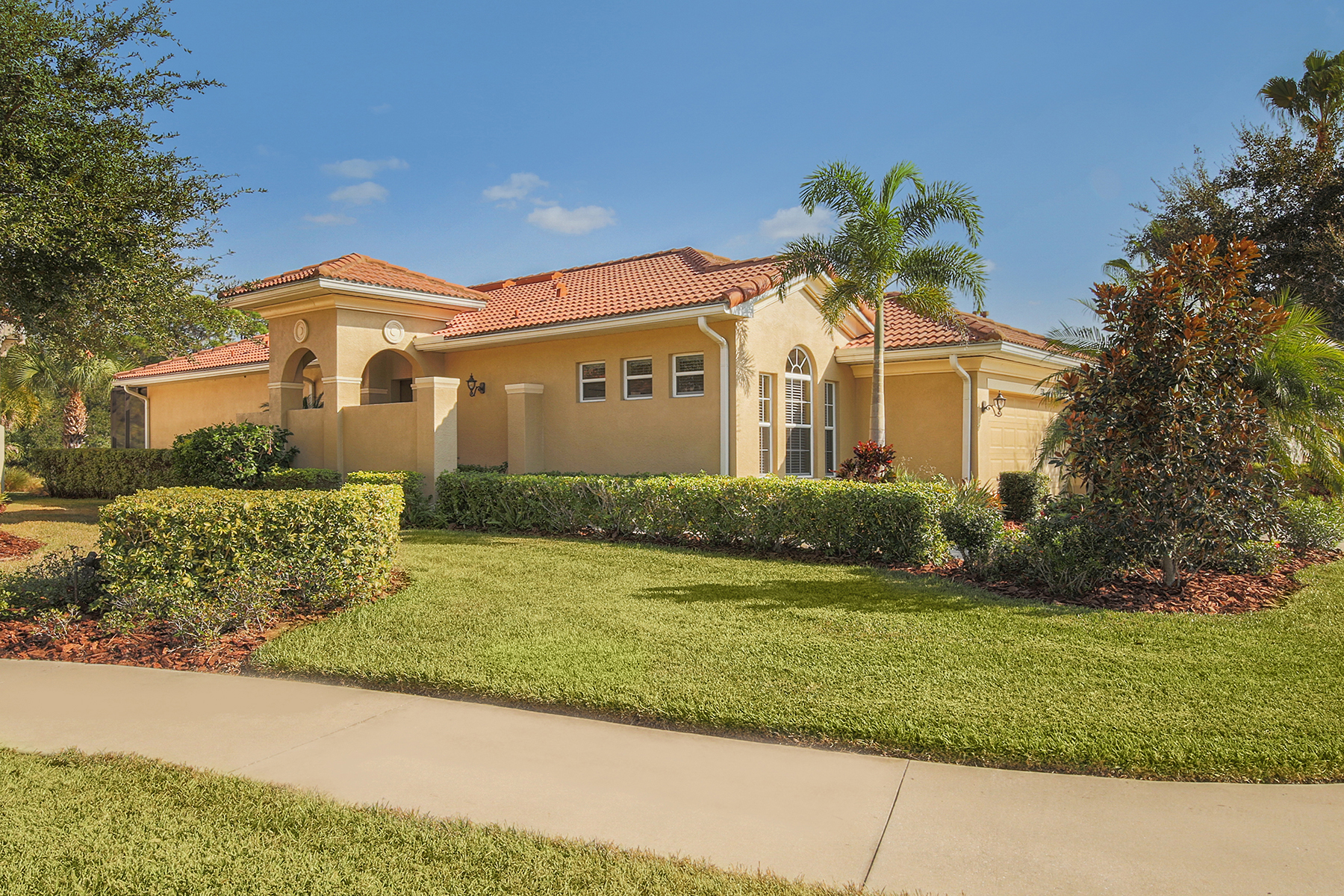 Einfamilienhaus für Verkauf beim VENETIAN GOLF & RIVER CLUB 330 Mestre Pl North Venice, Florida, 34275 Vereinigte Staaten