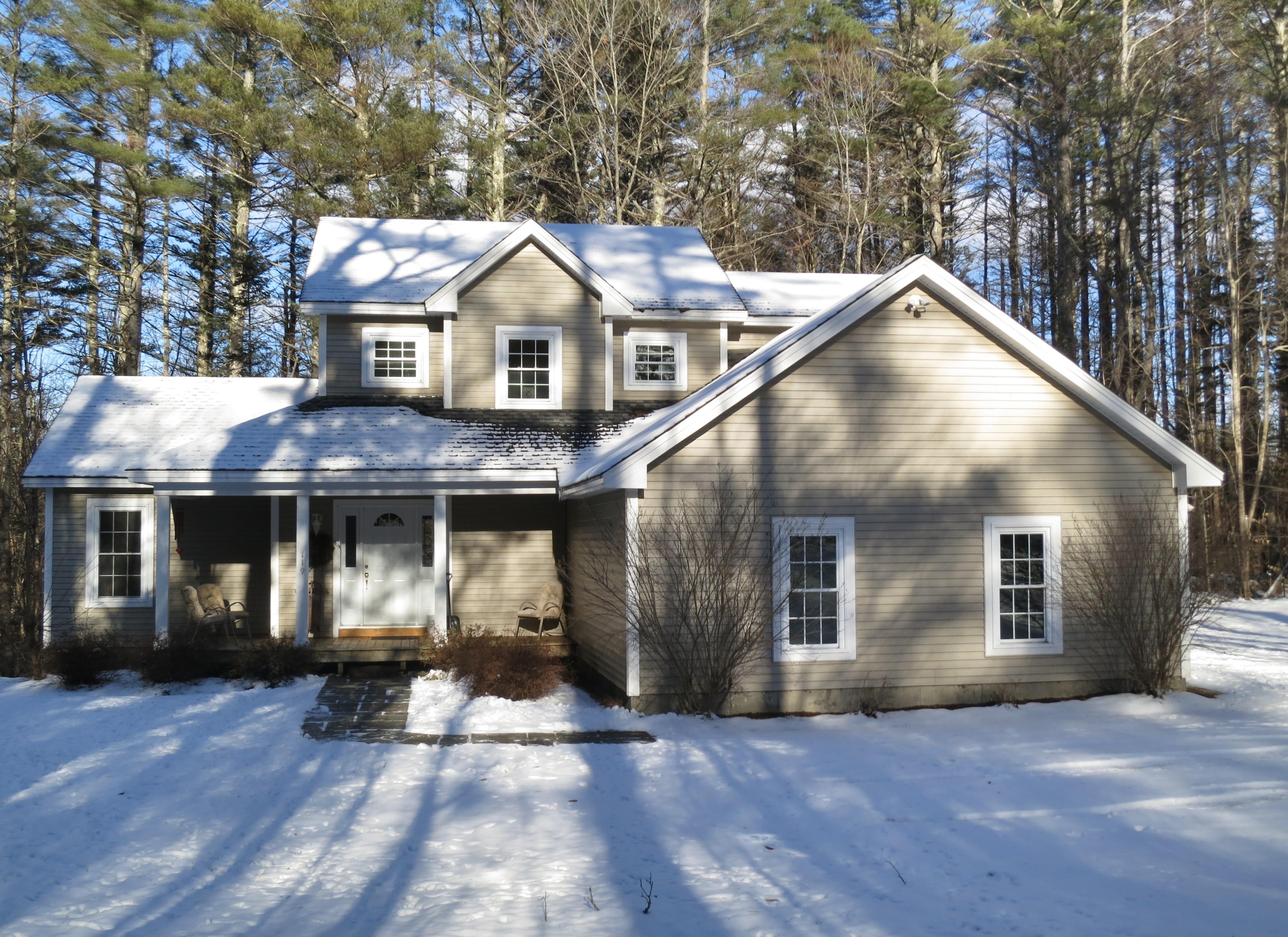 独户住宅 为 销售 在 119 Adams Drive, Londonderry 伦敦德里郡, 佛蒙特州, 05148 美国
