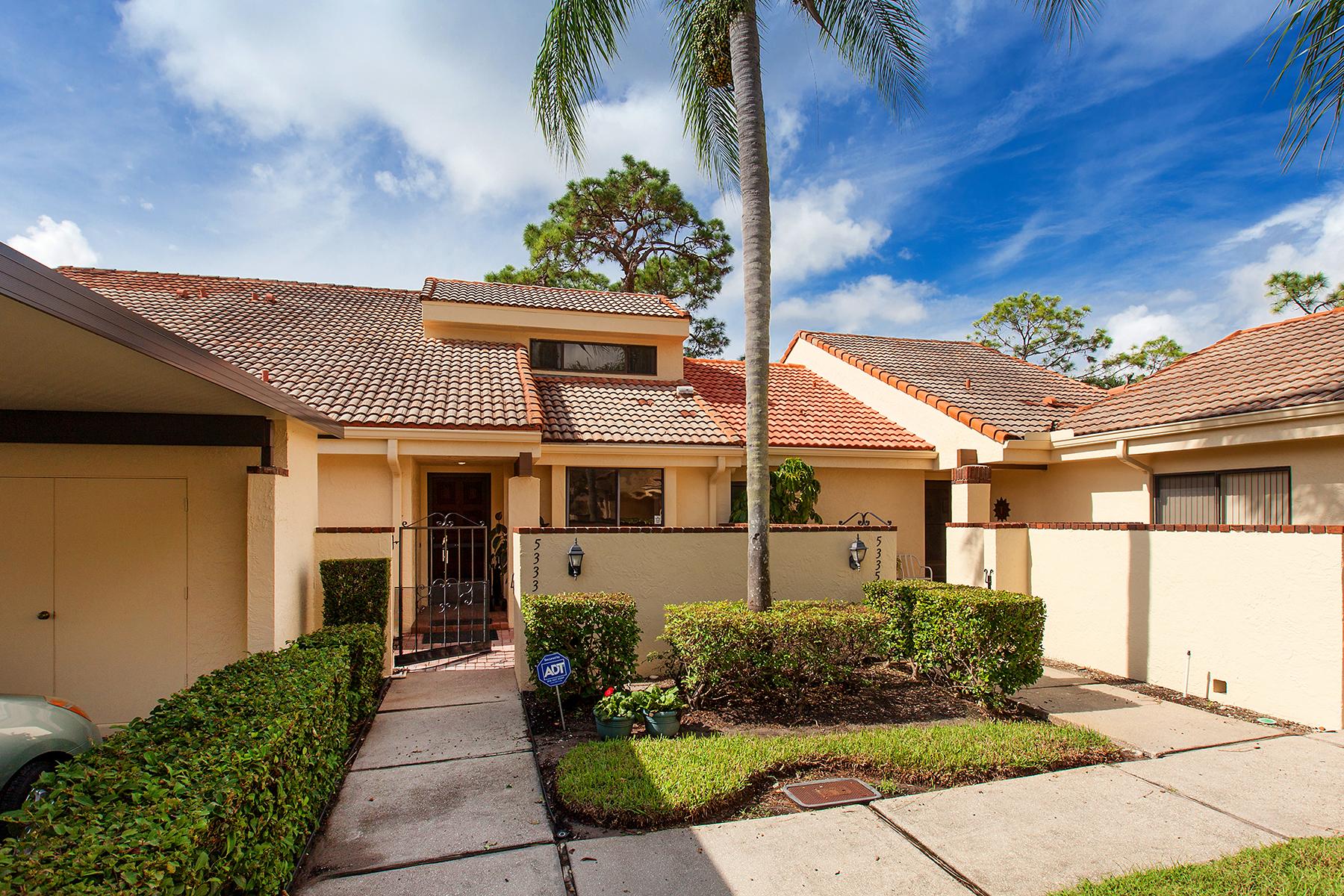 Casa unifamiliar adosada (Townhouse) por un Venta en HUNTINGWOOD 5333 Huntingwood Ct 28 Sarasota, Florida, 34235 Estados Unidos
