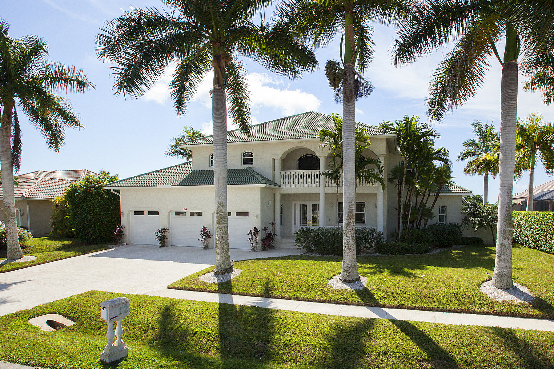 sales property at MARCO ISLAND - BLUE HILL CT