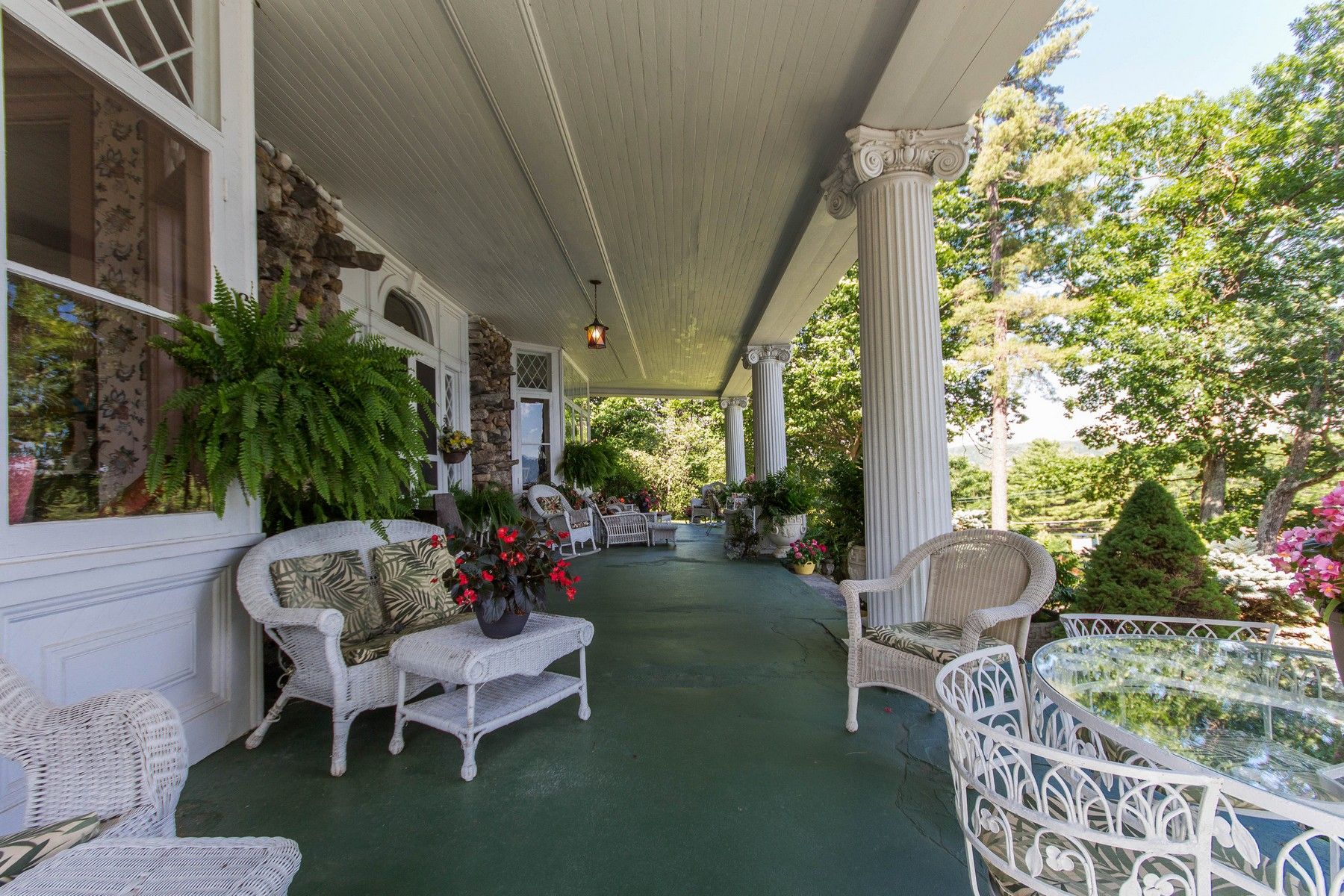 Additional photo for property listing at Ruah House on Lake George 9221  Lakeshore Dr 海牙, 纽约州 12836 美国