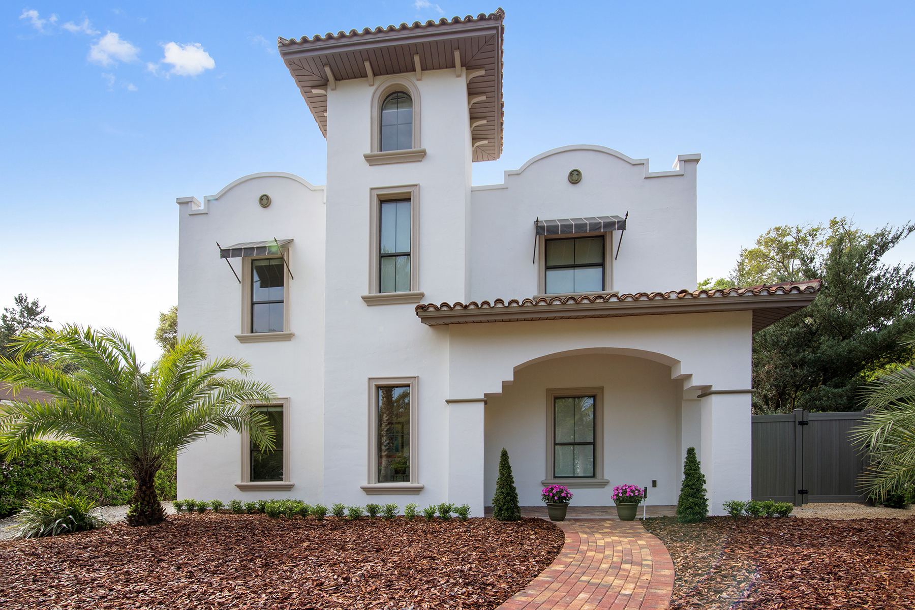Single Family Home for Sale at Winter Park, Florida 2728 Eastern Pkwy Winter Park, Florida, 32789 United States