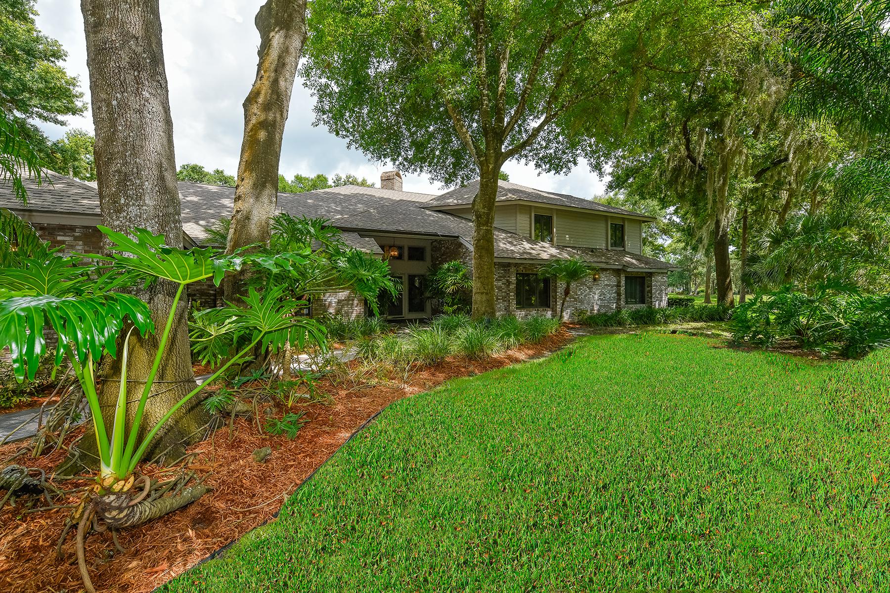 独户住宅 为 销售 在 WOODLANDS AT BENT TREE 5021 Coco Plum Way 萨拉索塔, 佛罗里达州, 34241 美国