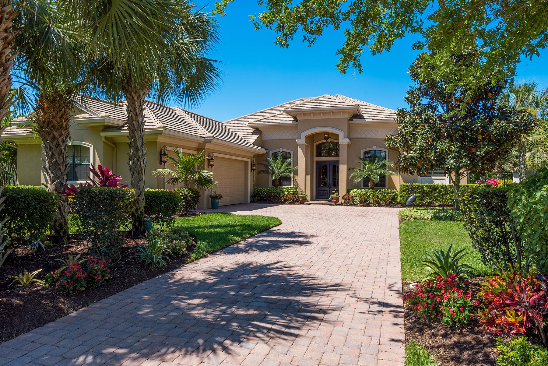 Single Family Home for Sale at FOUNDERS CLUB 3775 Caledonia Ln Sarasota, Florida, 34240 United States