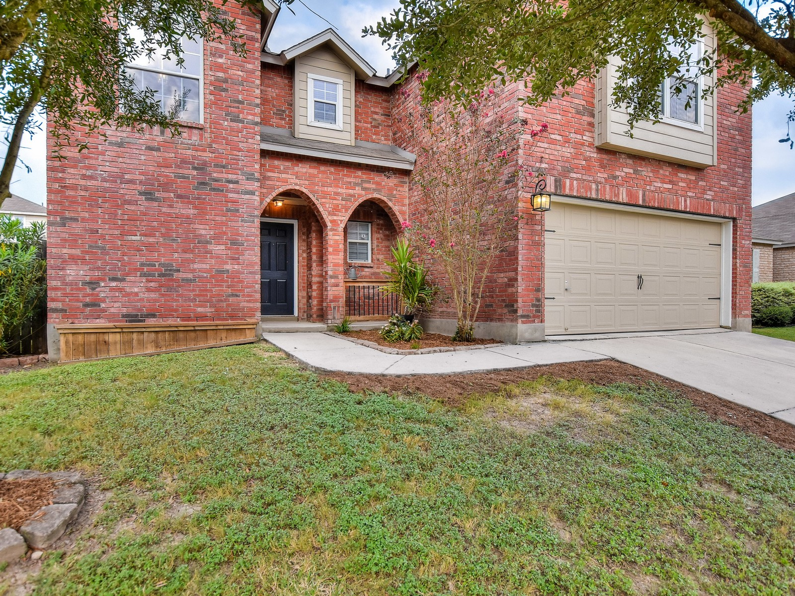 Additional photo for property listing at Amazing Upgrades Throughout 8446 Dusty Ridge Converse, Texas 78109 Estados Unidos