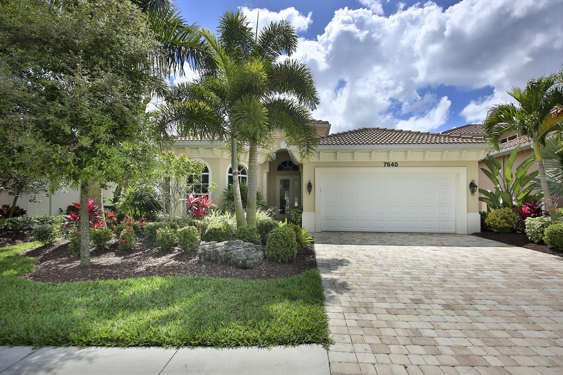 단독 가정 주택 용 매매 에 NAPLES - FIRANO AT NAPLES 7640 Martino Cir Naples, 플로리다, 34112 미국
