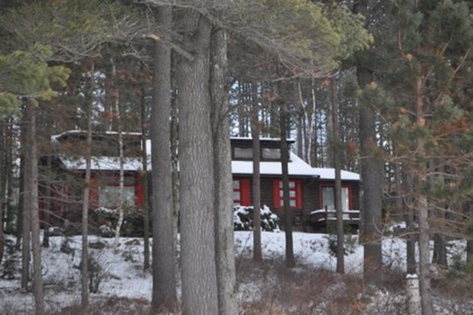 Casa para uma família para Venda às 33 Boutwell Rd, Hancock Hancock, New Hampshire 03449 Estados Unidos