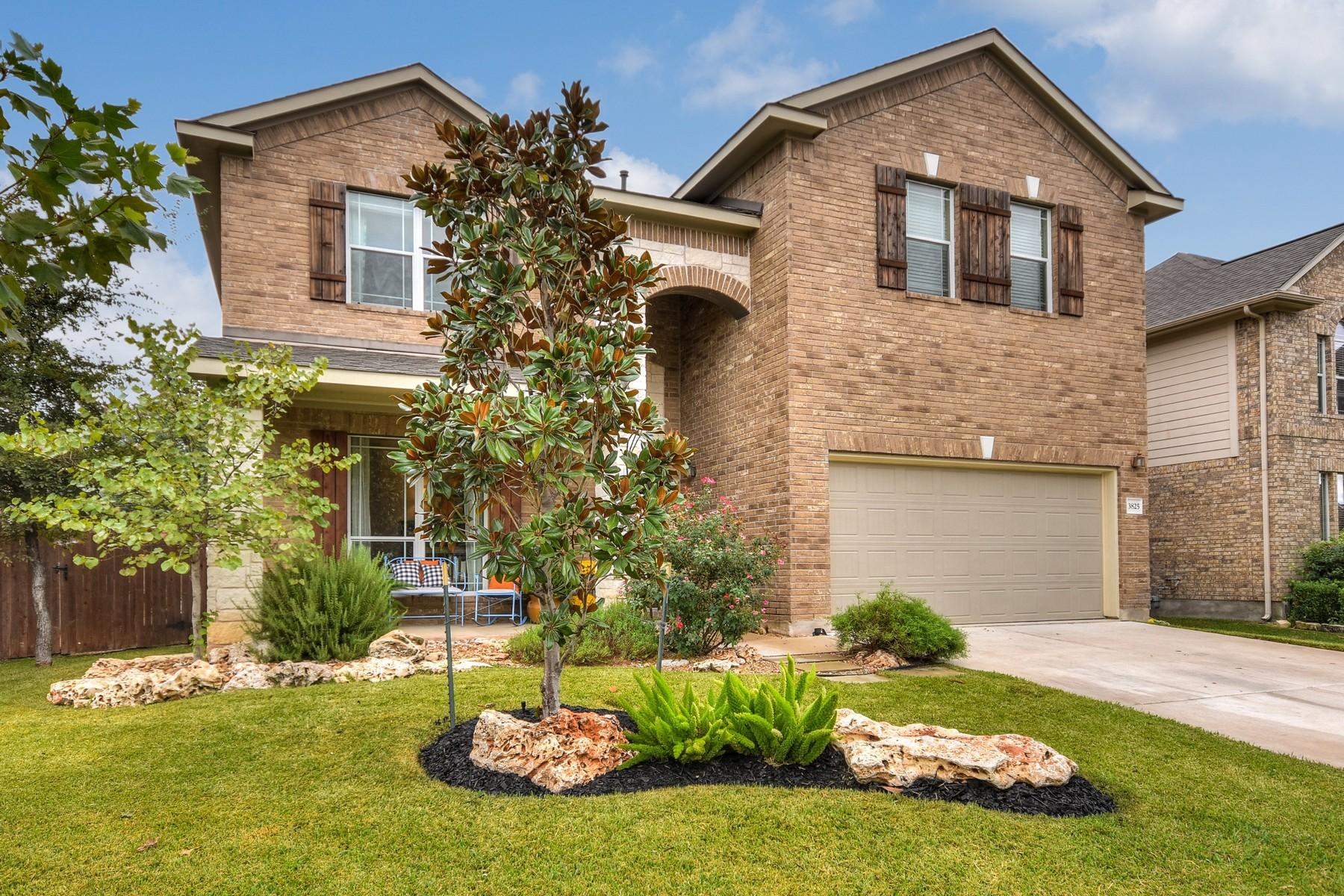 Casa Unifamiliar por un Venta en Beautiful Home on Private Mayfield Ranch Lot 3825 Derby Trl Round Rock, Texas 78681 Estados Unidos