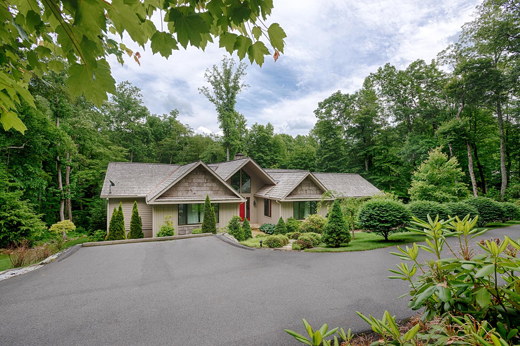 Maison unifamiliale pour l Vente à LINVILLE RIDGE 619 Rock Ledge Lane 6 Linville, Carolina Du Nord 28646 États-Unis