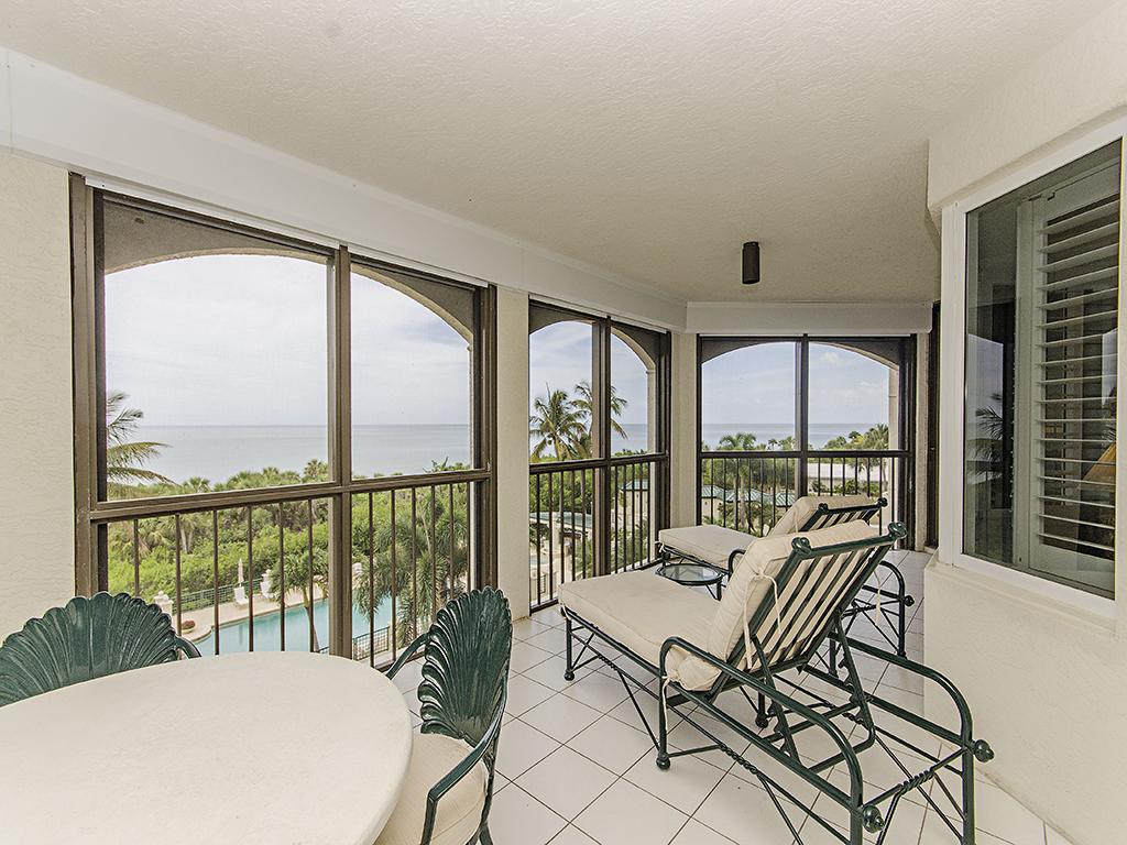 rentals property at 8171 Bay Colony Dr , 301, Naples, FL 34108-7561