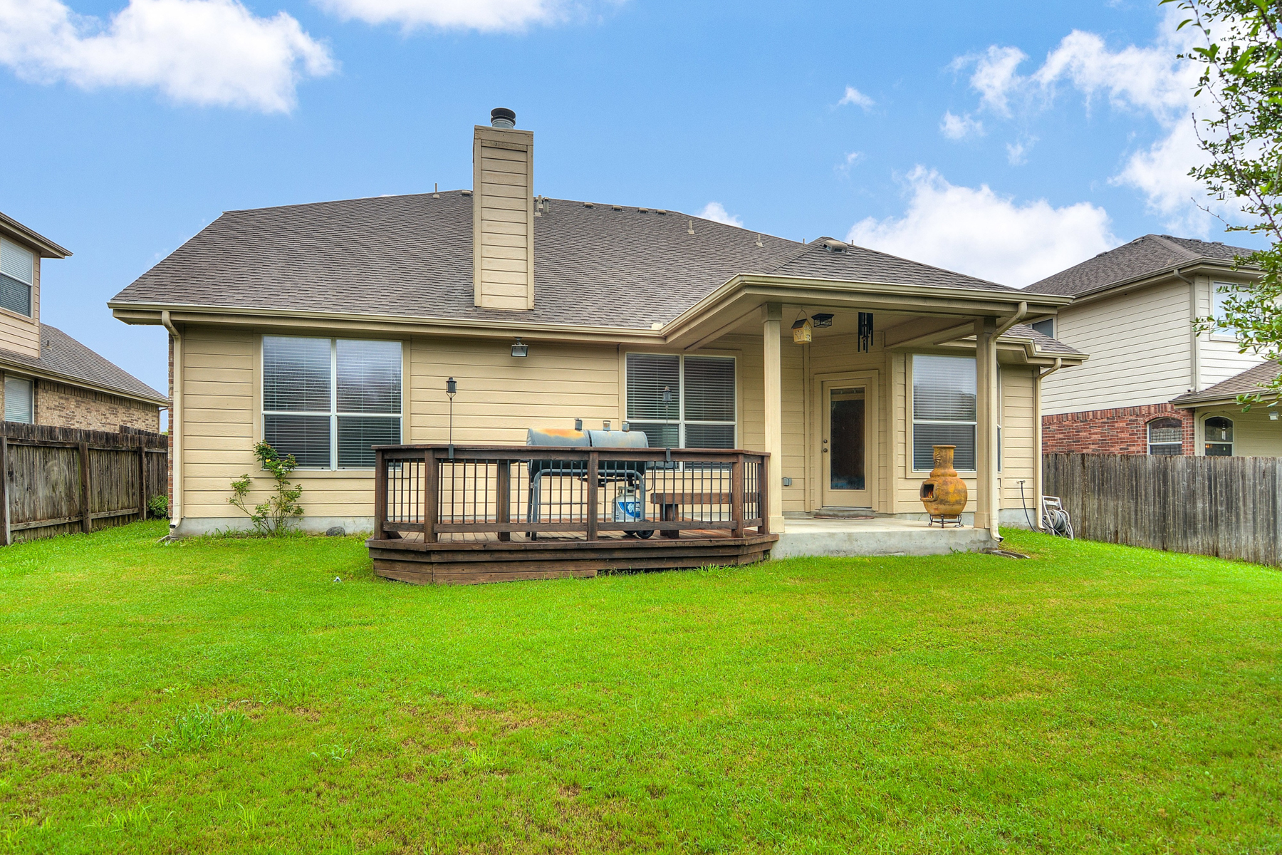 Additional photo for property listing at Spacious Home in Belmont Park 603 American Flag Schertz, Texas 78108 Estados Unidos