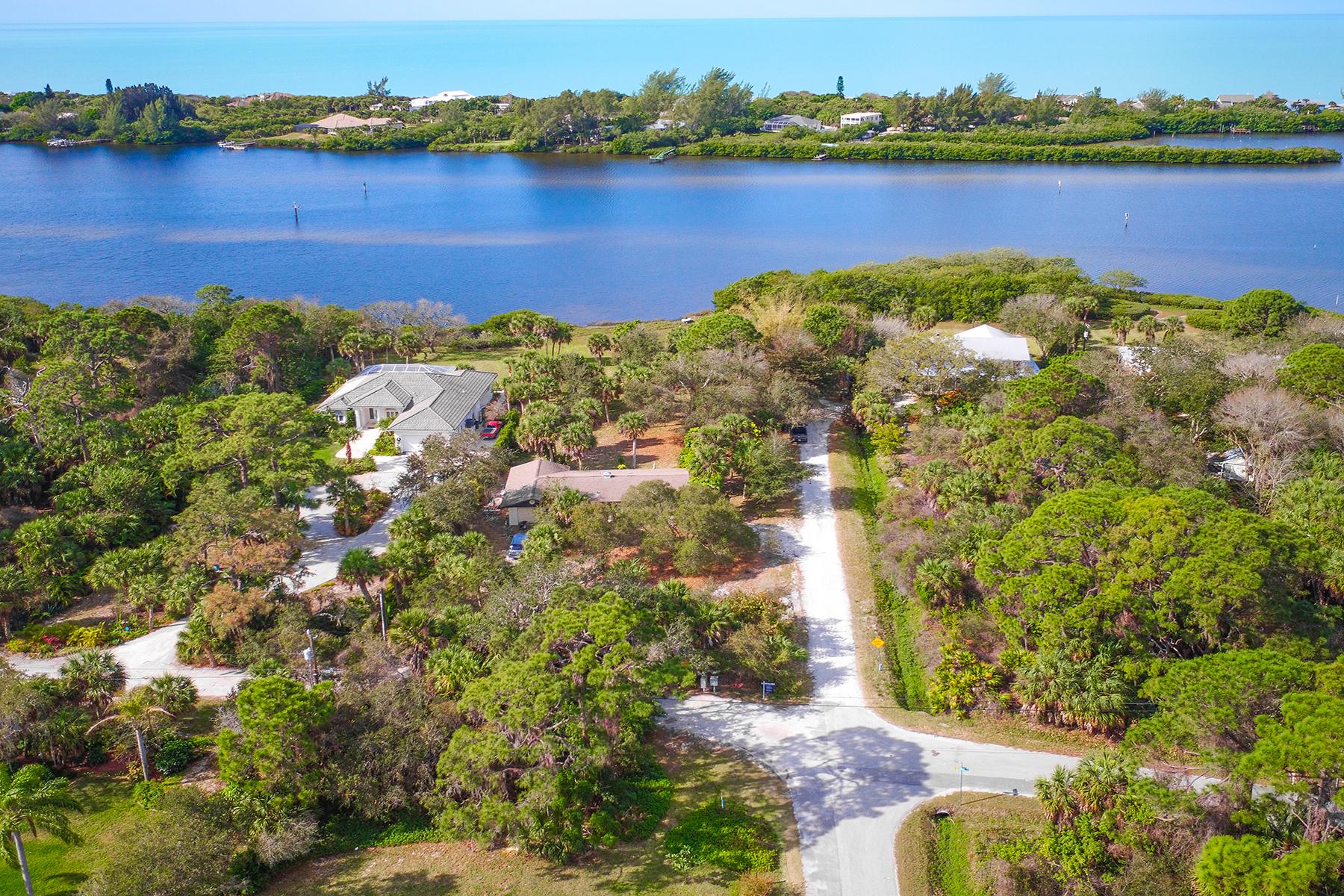 Maison unifamiliale pour l Vente à ENGLEWOOD 2090 Lemon Ave Englewood, Florida, 34223 États-Unis